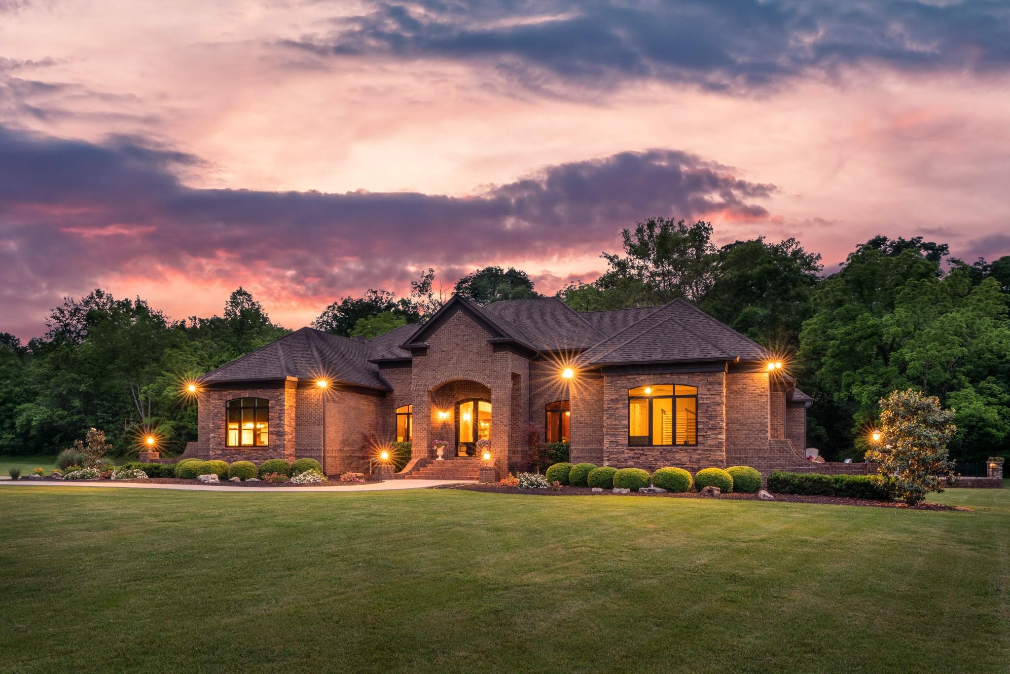 2904 N Mount Pleasant Rd Property Photo