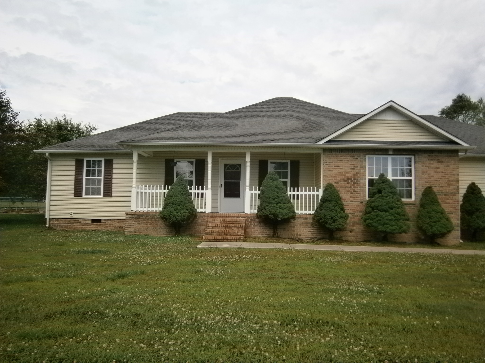 53 Coventry Ct Property Photo