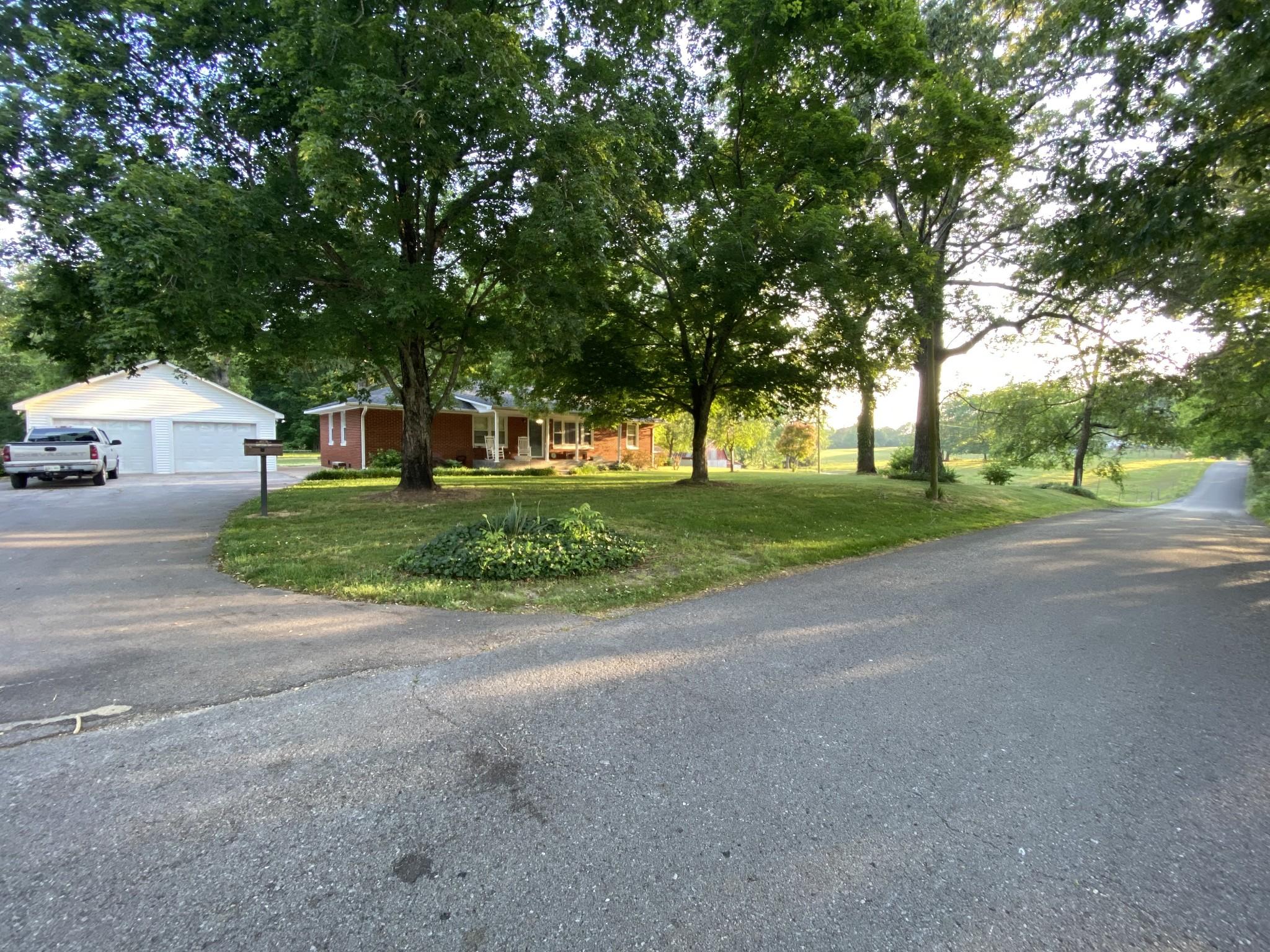 6309 Whites Ln Property Photo