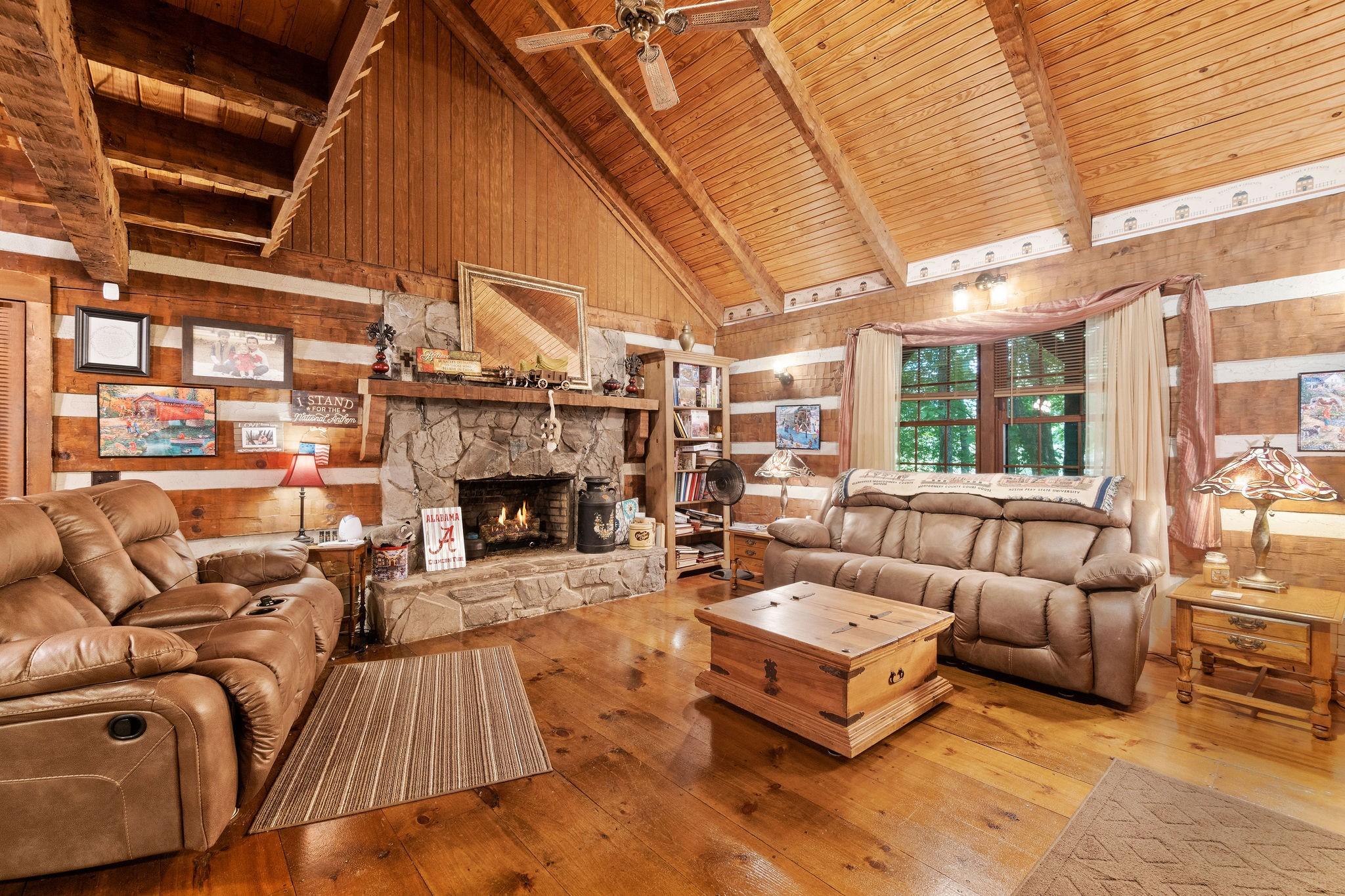 4980 Louise Creek Rd Property Photo