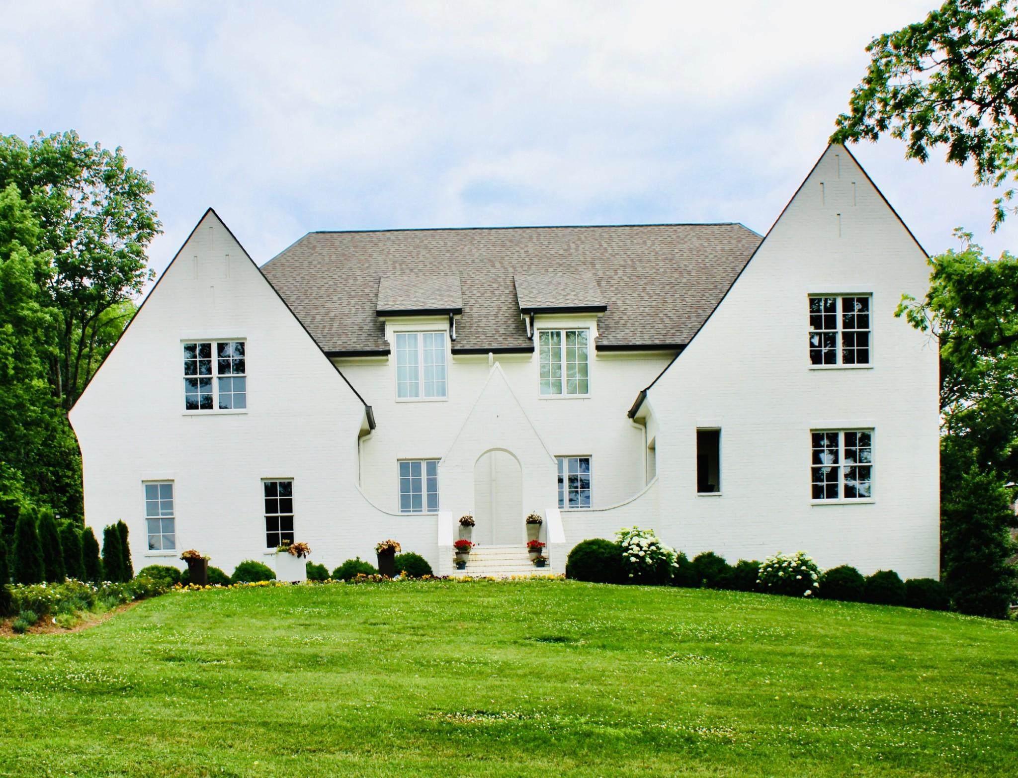 3520 Trimble Rd Property Photo 1