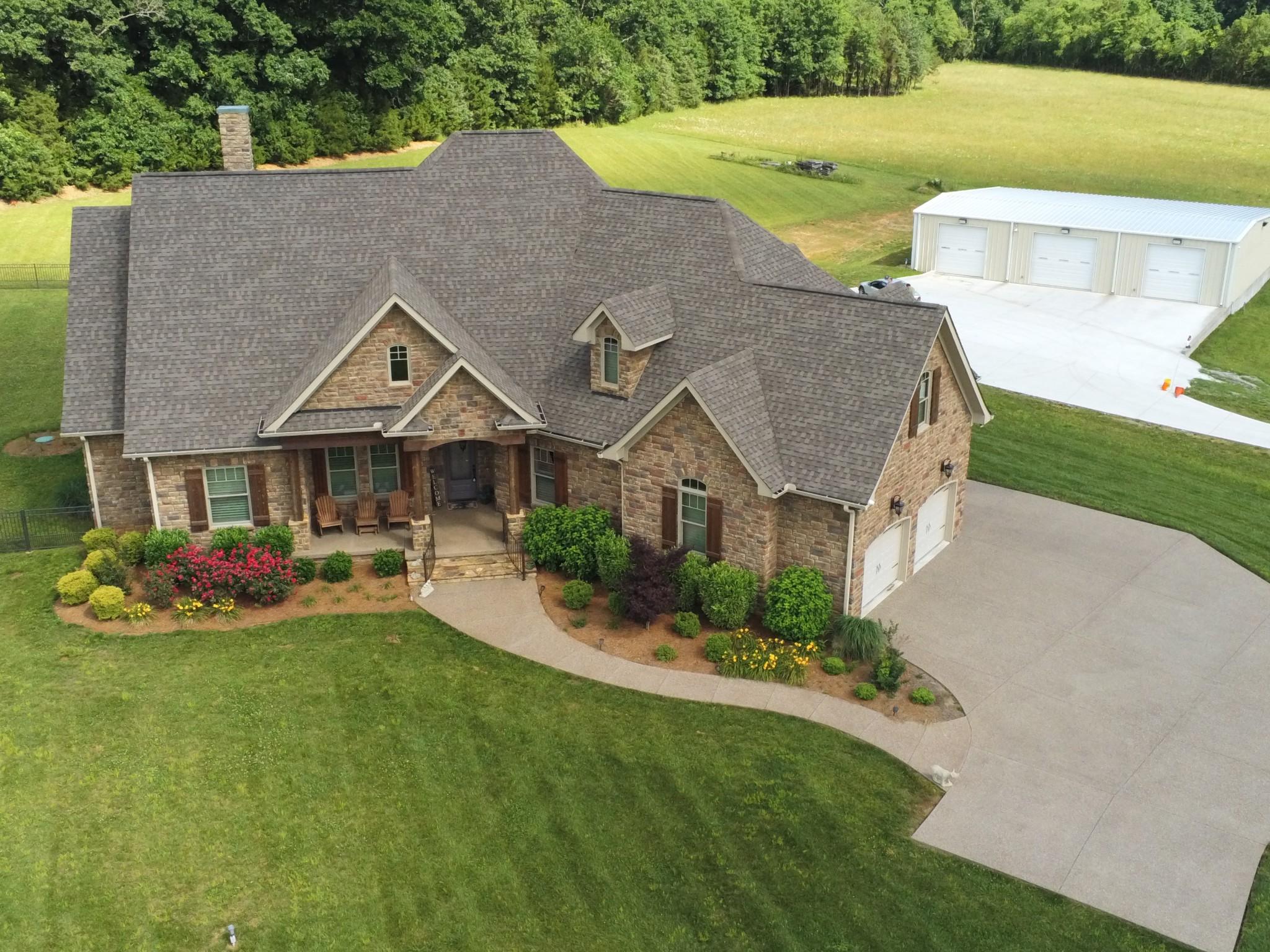 7185 Highway 99 Property Photo 1