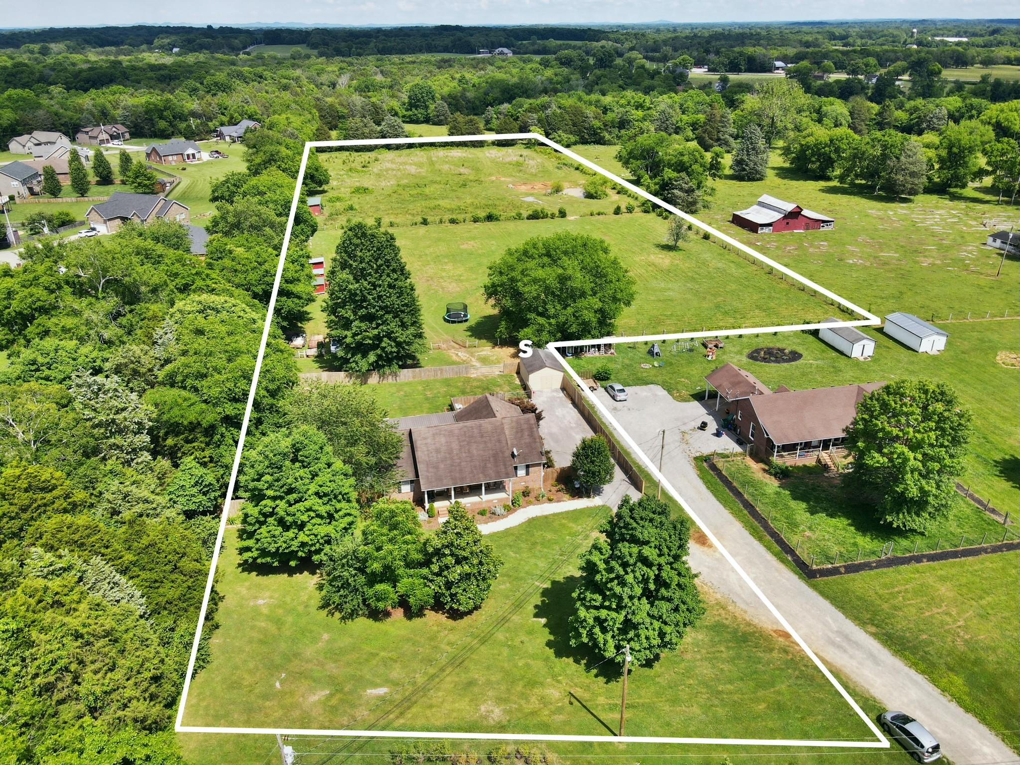 516a N Horton Pkwy Property Photo