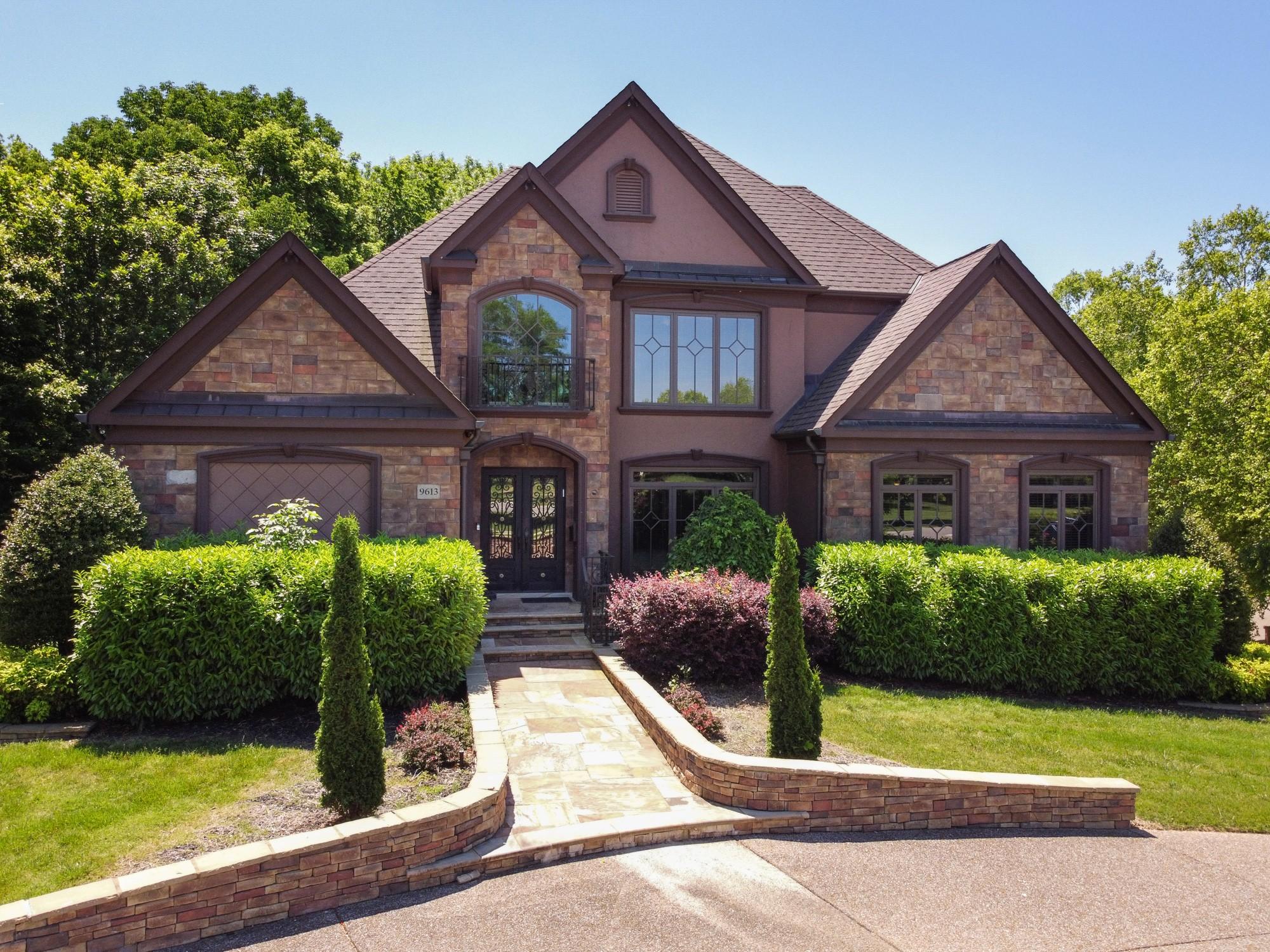 9613 Brunswick Dr Property Photo 1