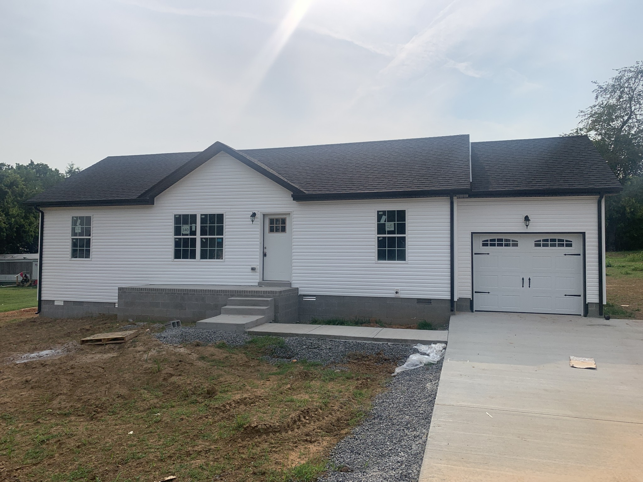 140 Missouri Ave Property Photo