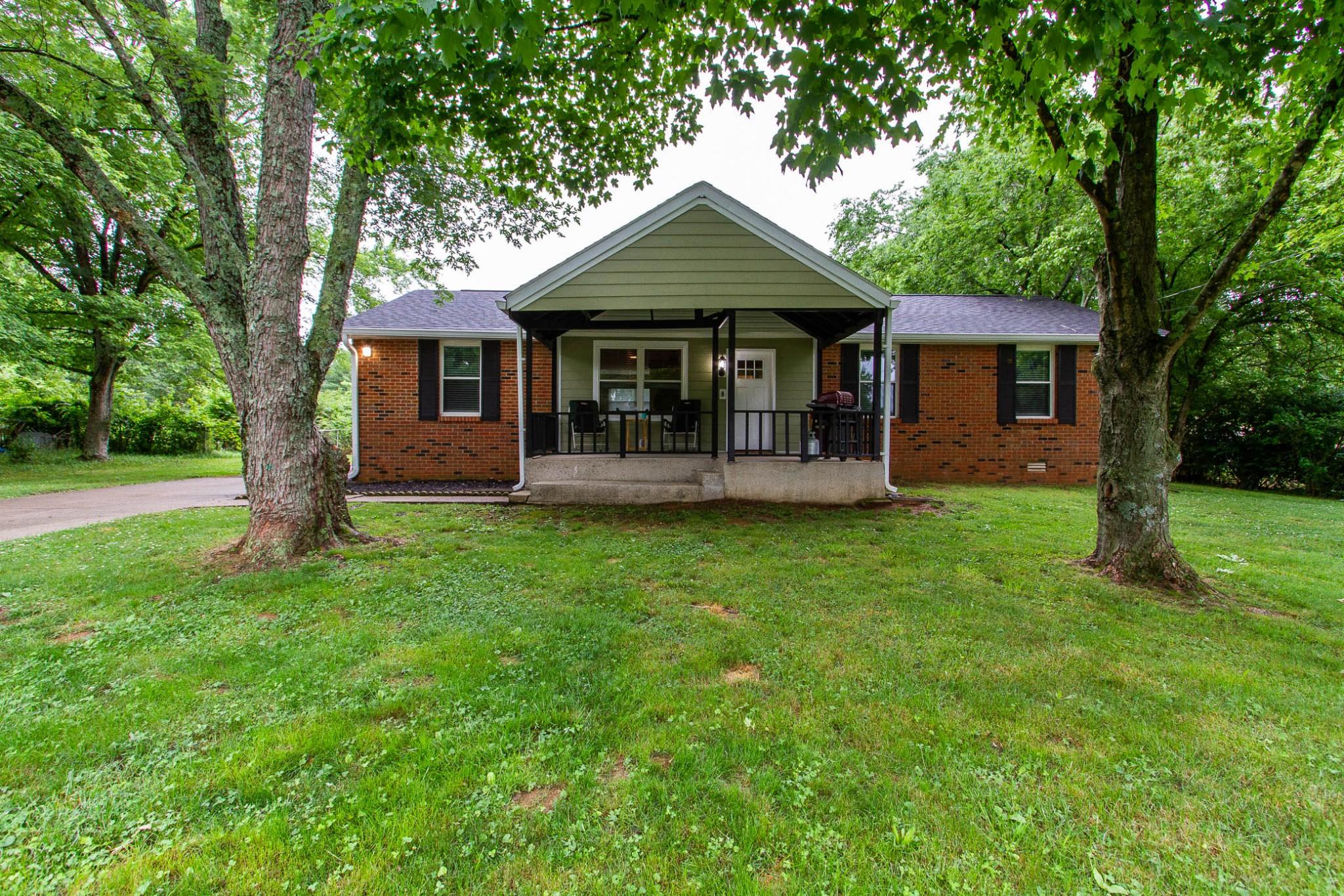6042 Sedgeridge Ave Property Photo 1