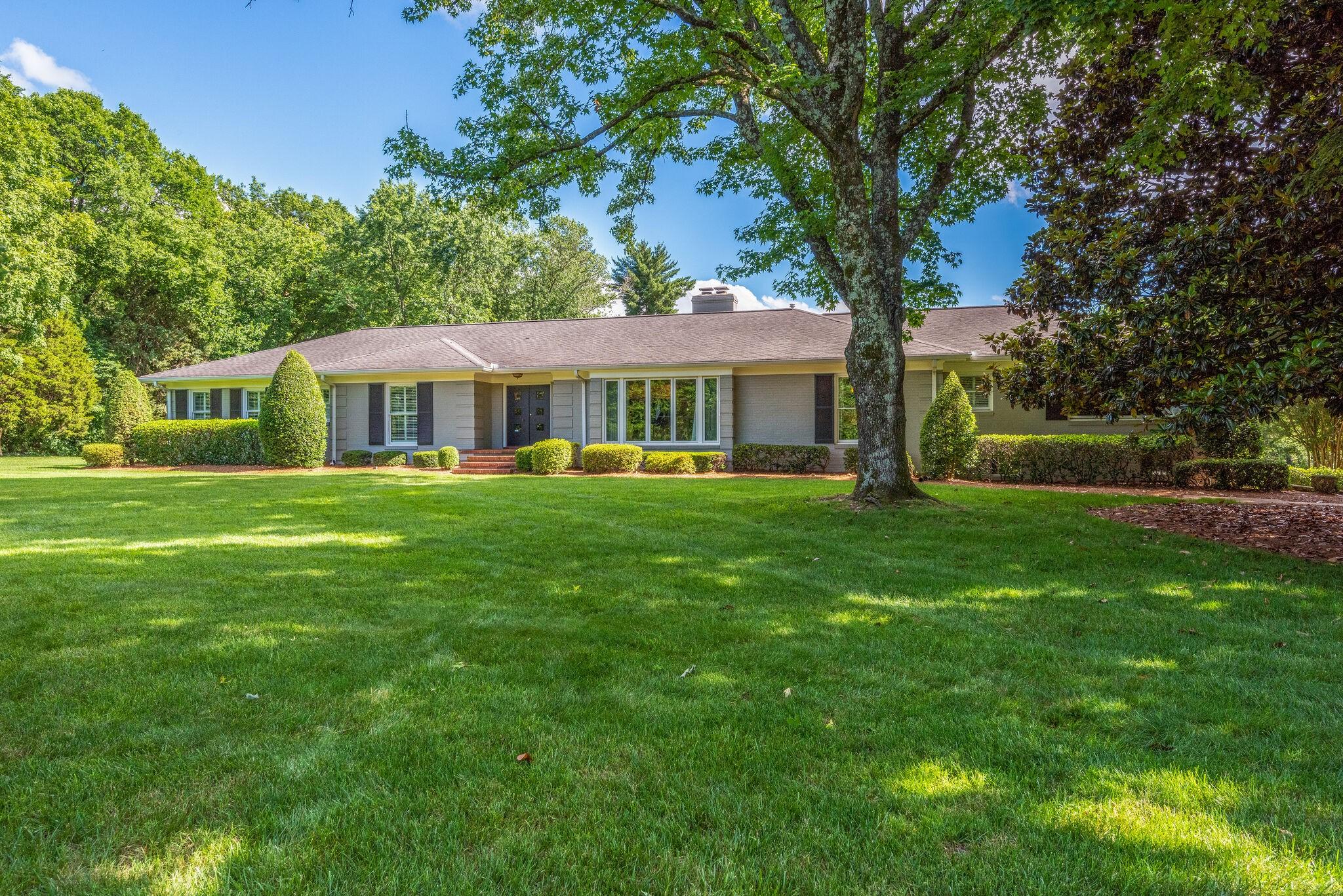 601 Baxter Lane Property Photo