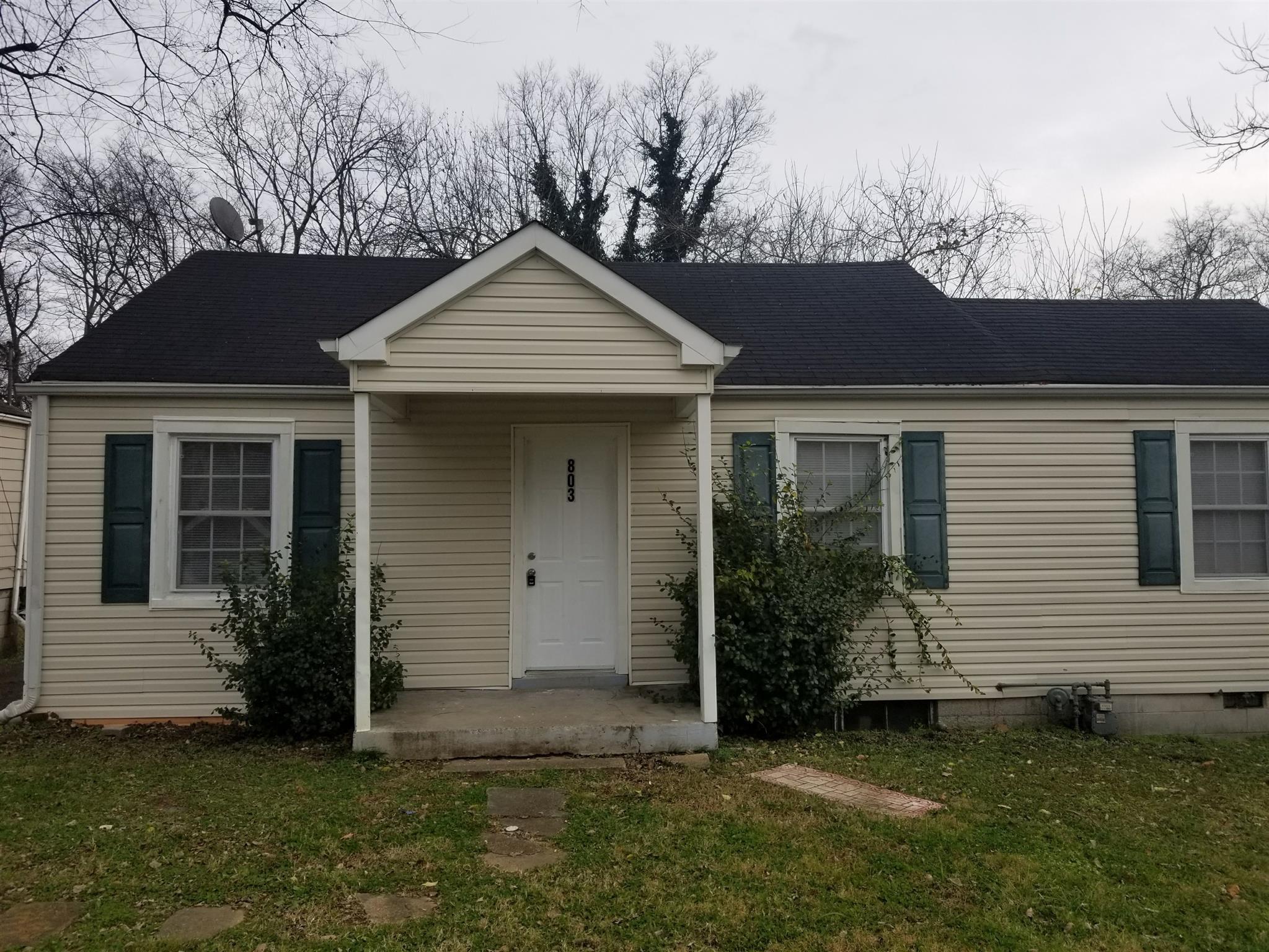 803 N 6th St Property Photo