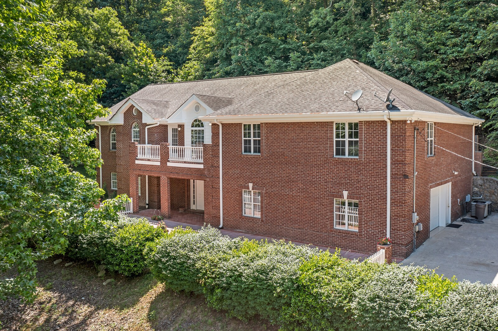 5327 Swindle Rd Property Photo