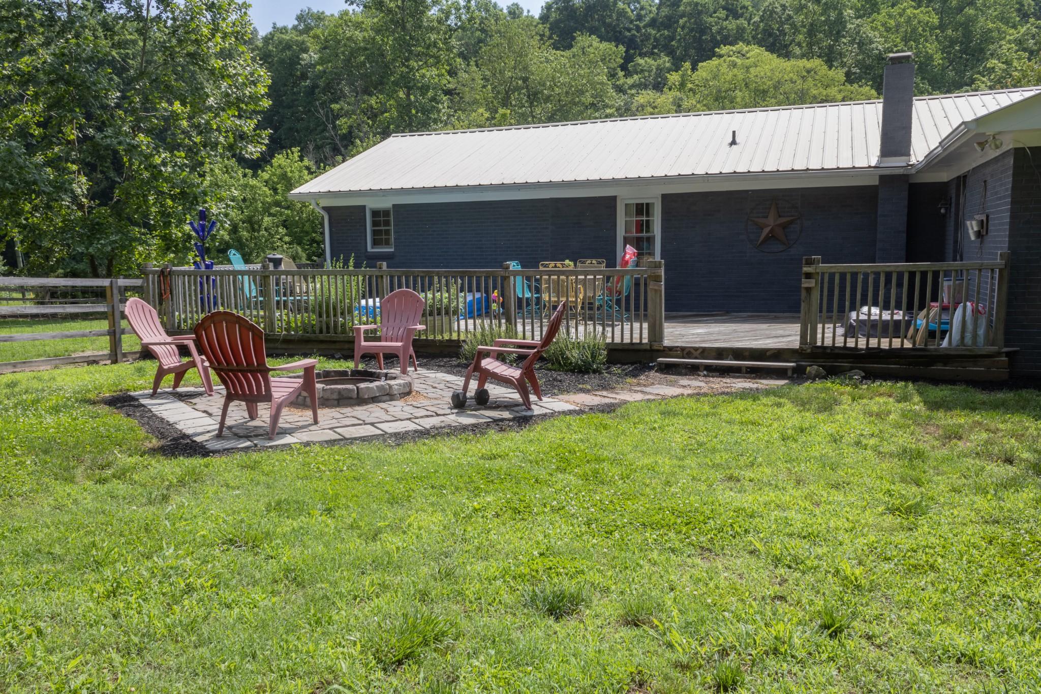9716 Mcfarlin Rd Property Photo