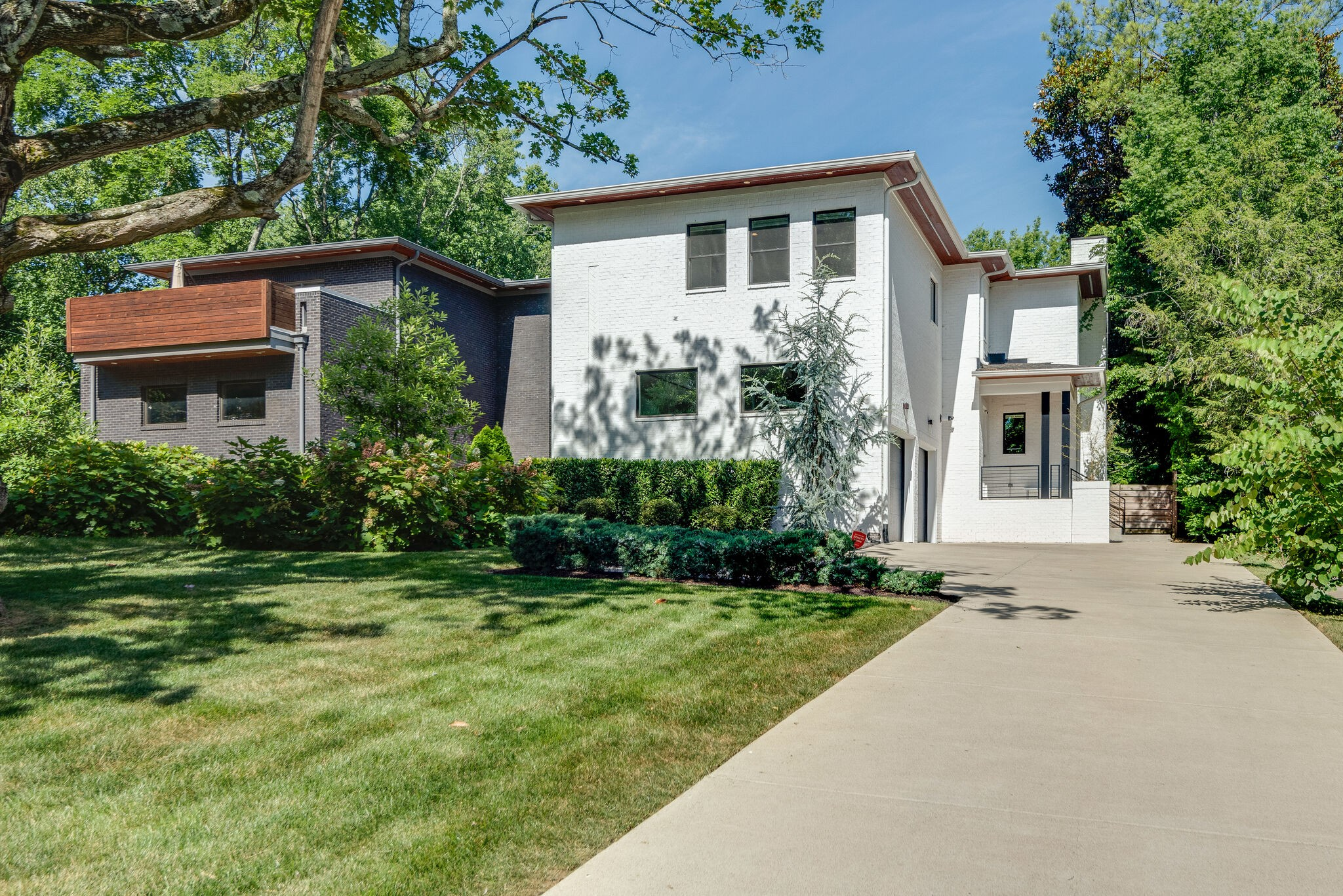 3921 Albert Cottages Real Estate Listings Main Image