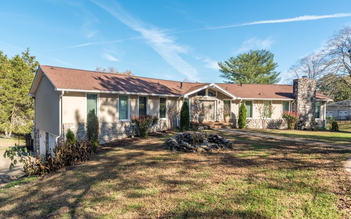 155 Bayshore Dr Property Photo 1