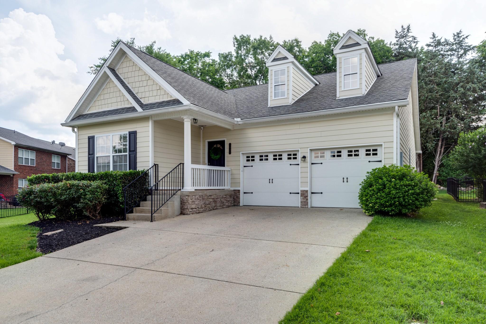 5035 Burke Trl Property Photo