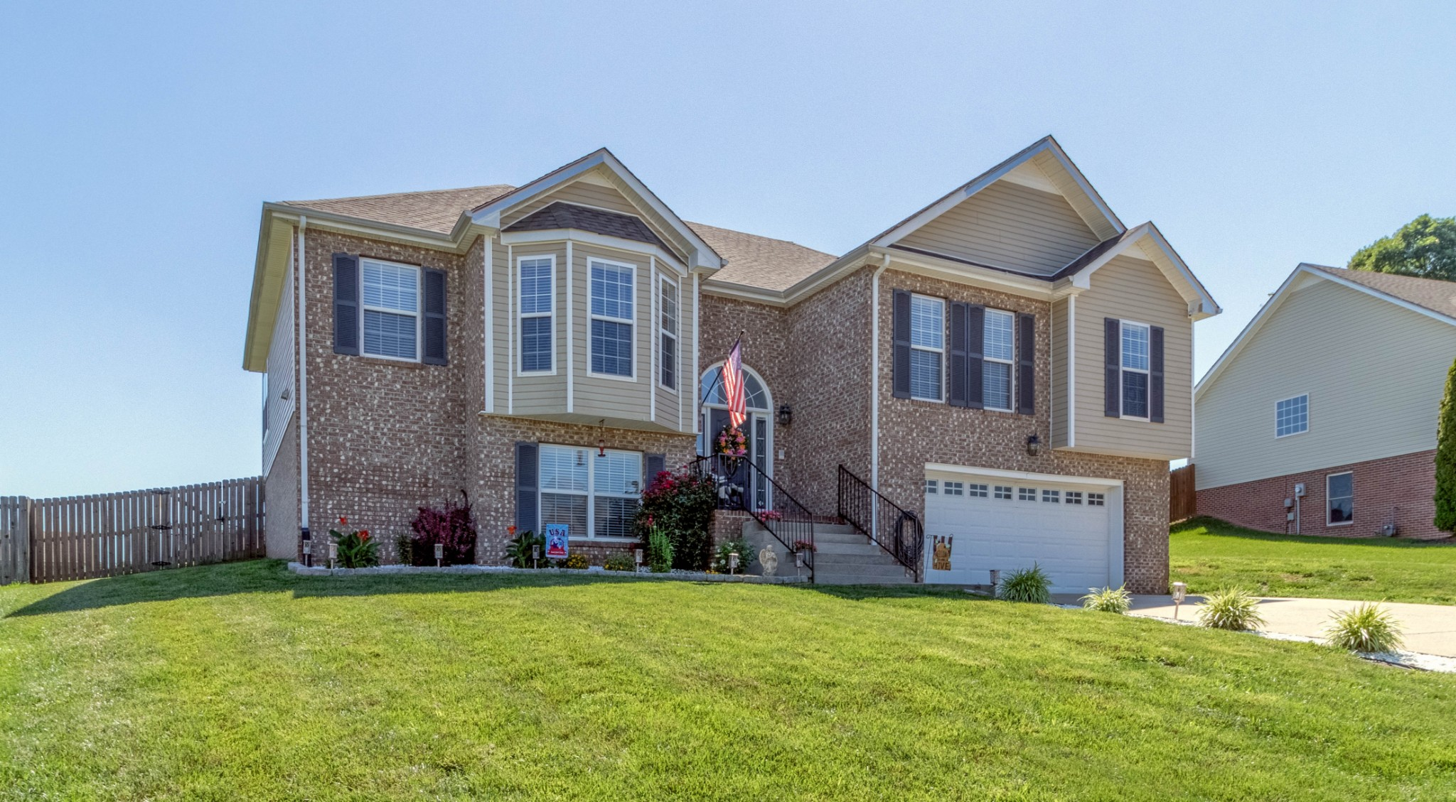 543 Winding Bluff Way Property Photo