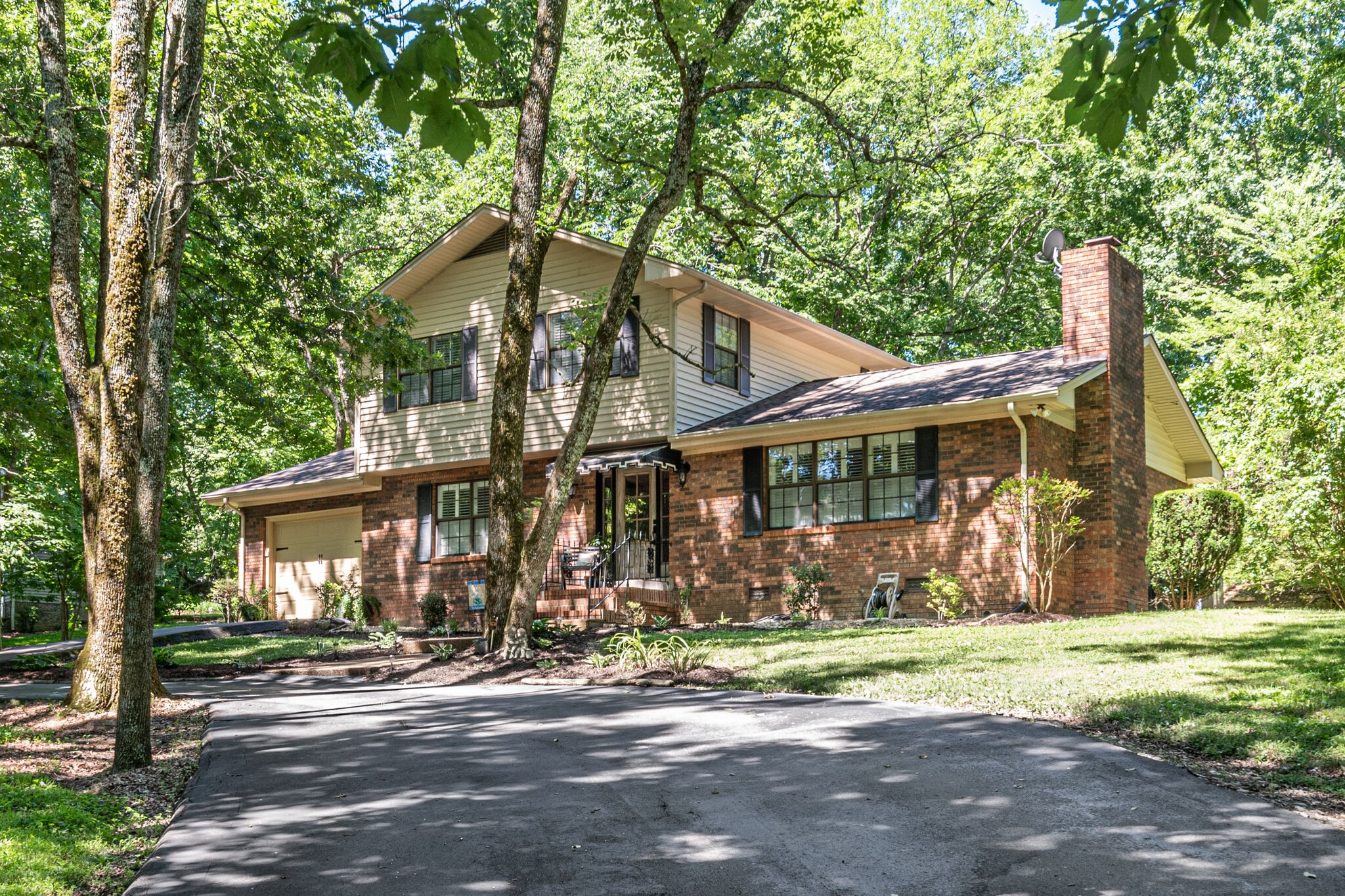 250 Lytle Dr Property Photo
