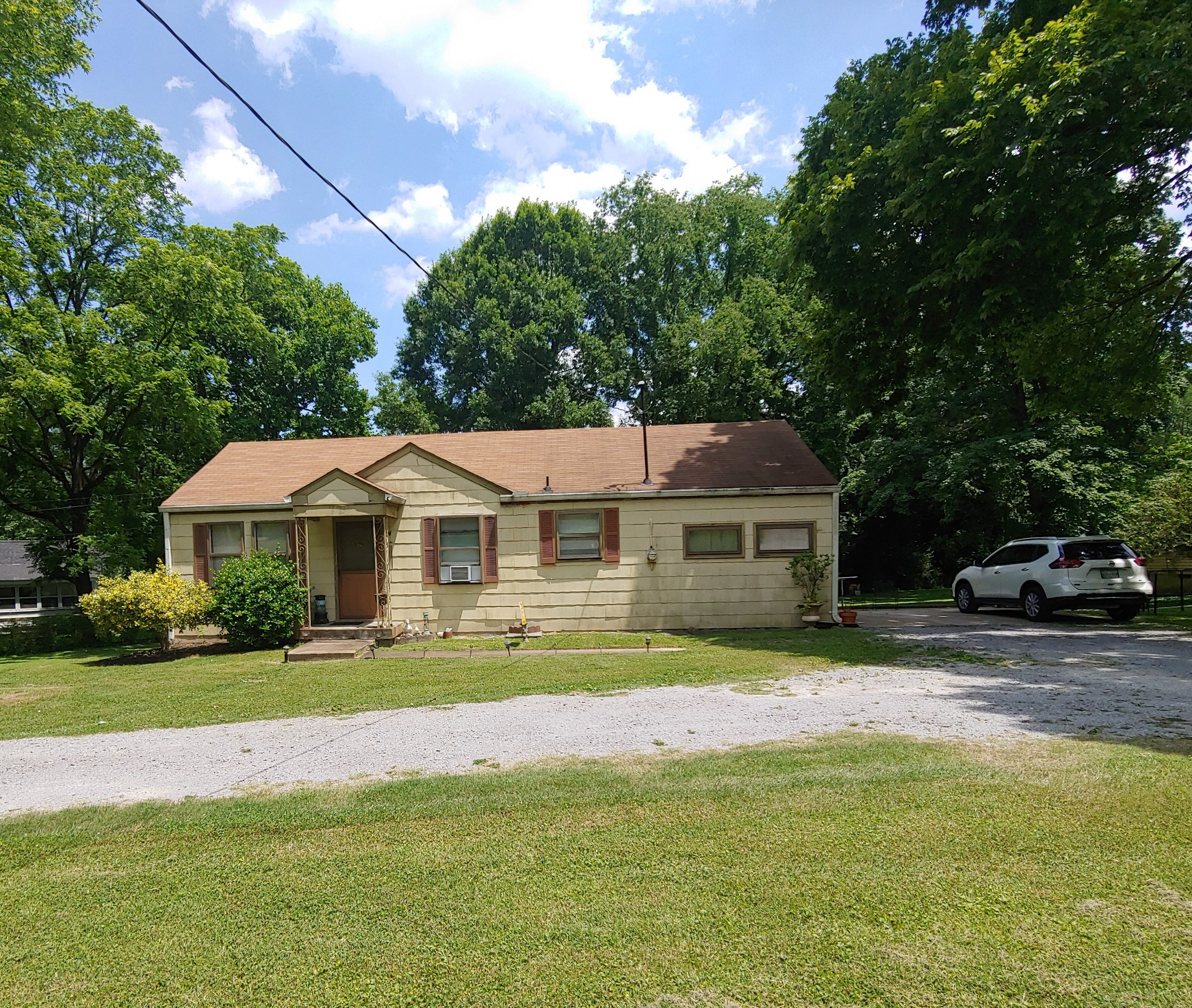 738 Wildview Dr Property Photo