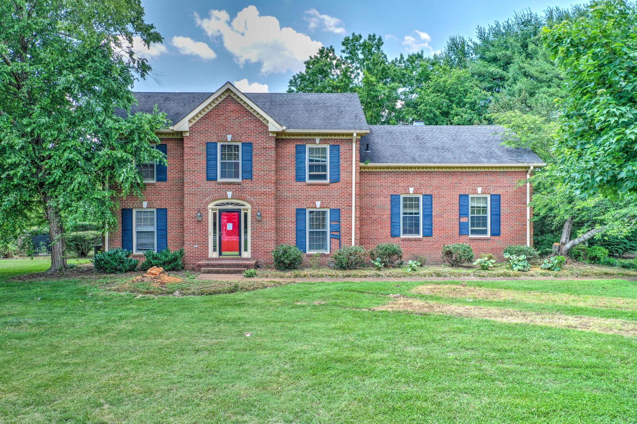 305 Breckenridge Rd Property Photo 1
