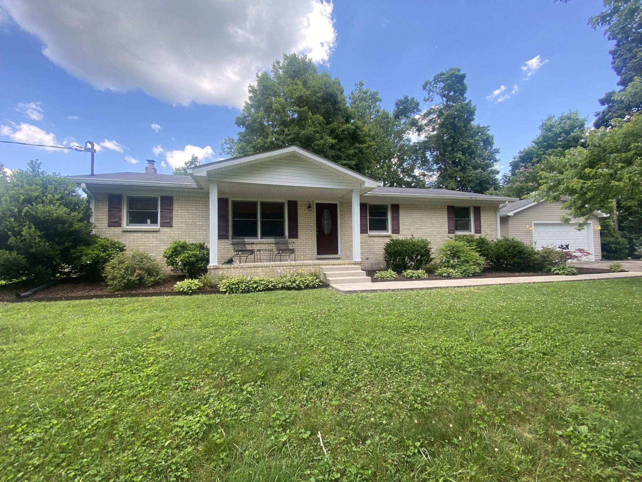 818 Dale Ridge Rd Property Photo