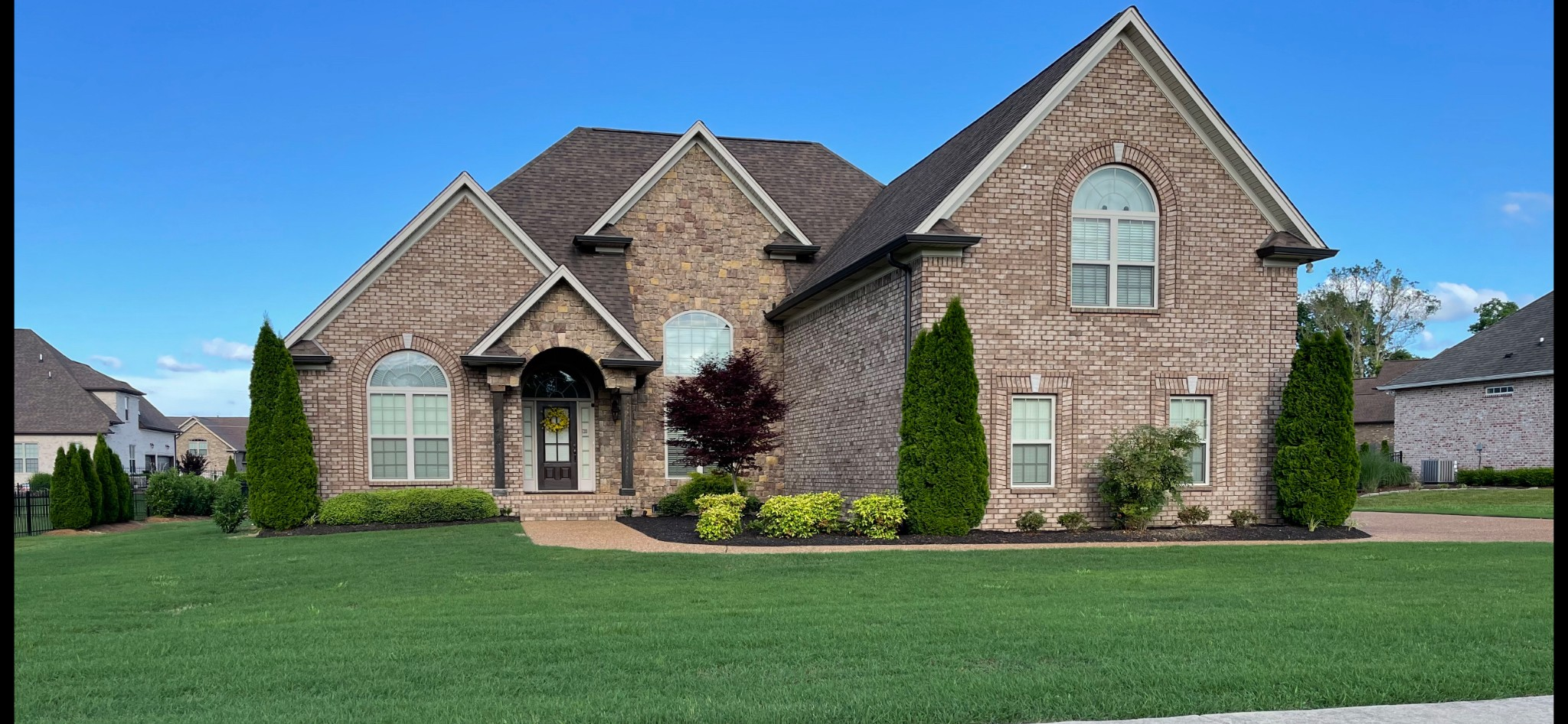 1039 Bluejay Way Property Photo