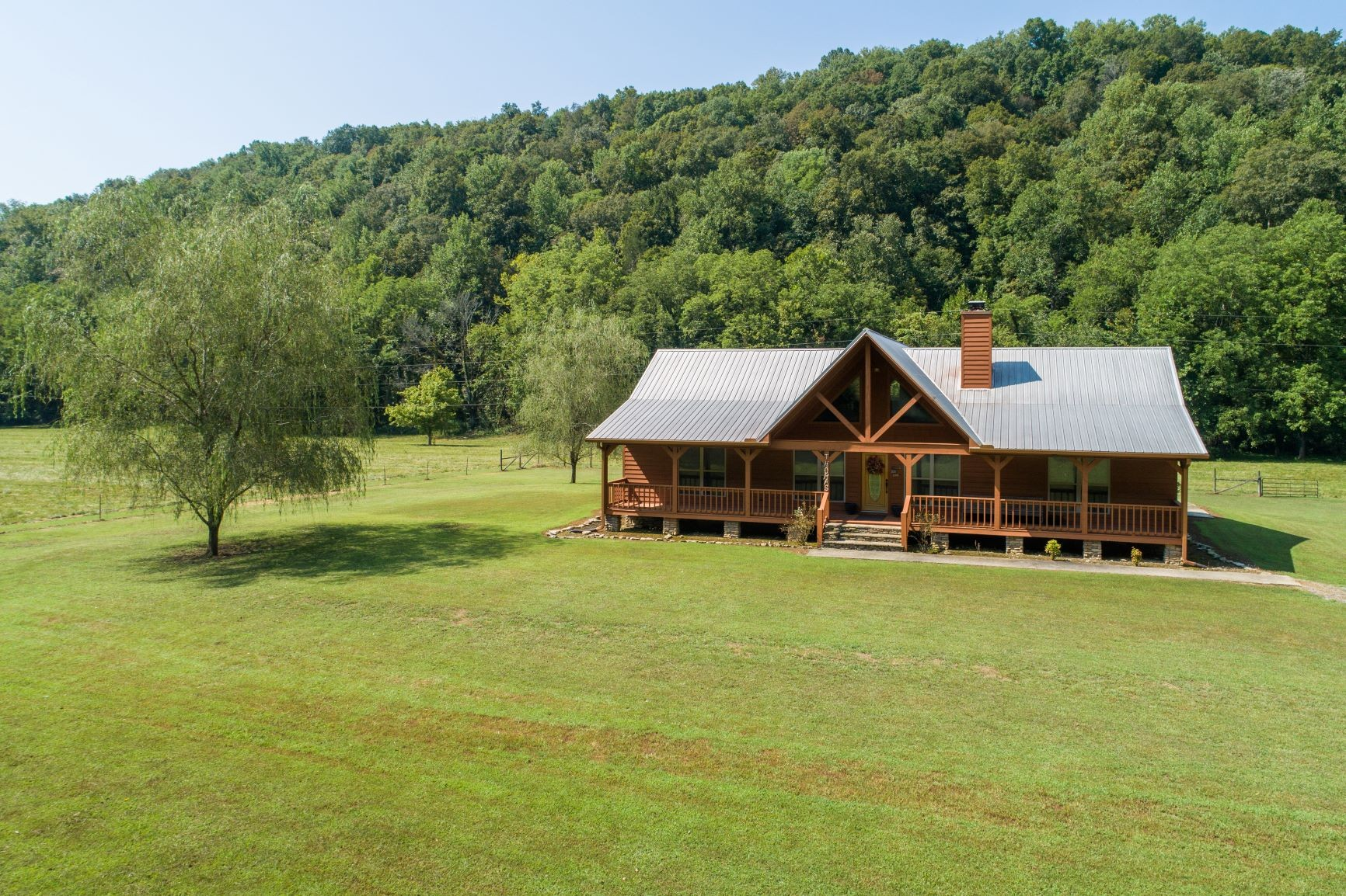 5679 County Road 140 Property Photo 1