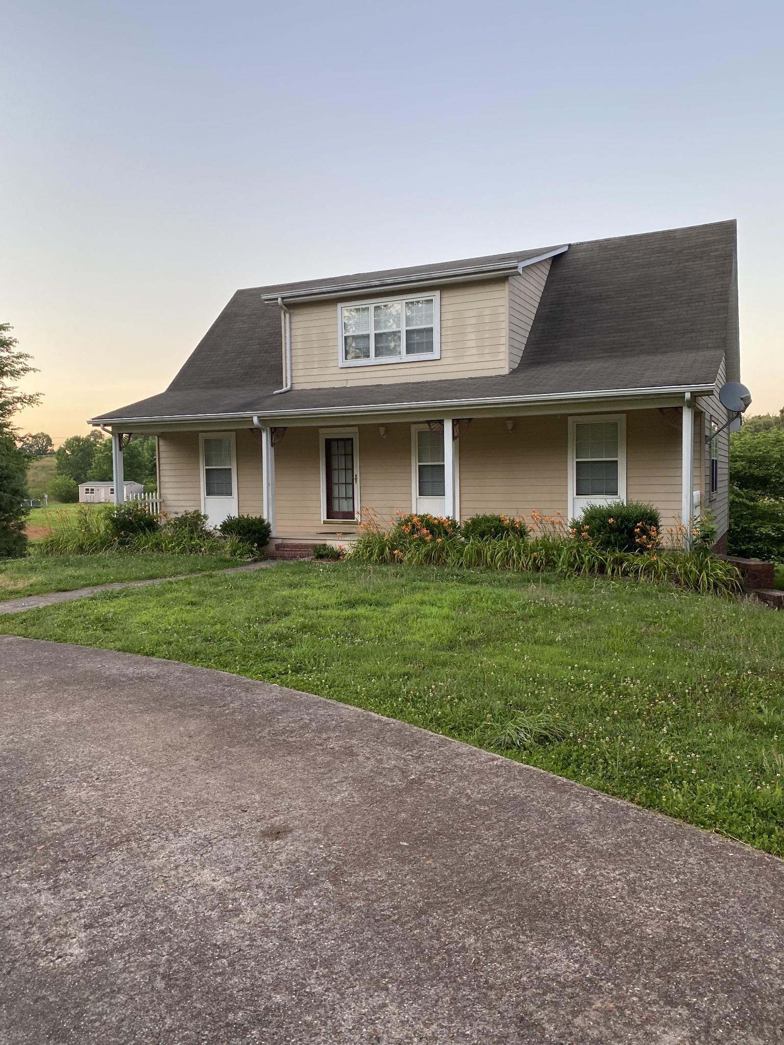 38587 Real Estate Listings Main Image