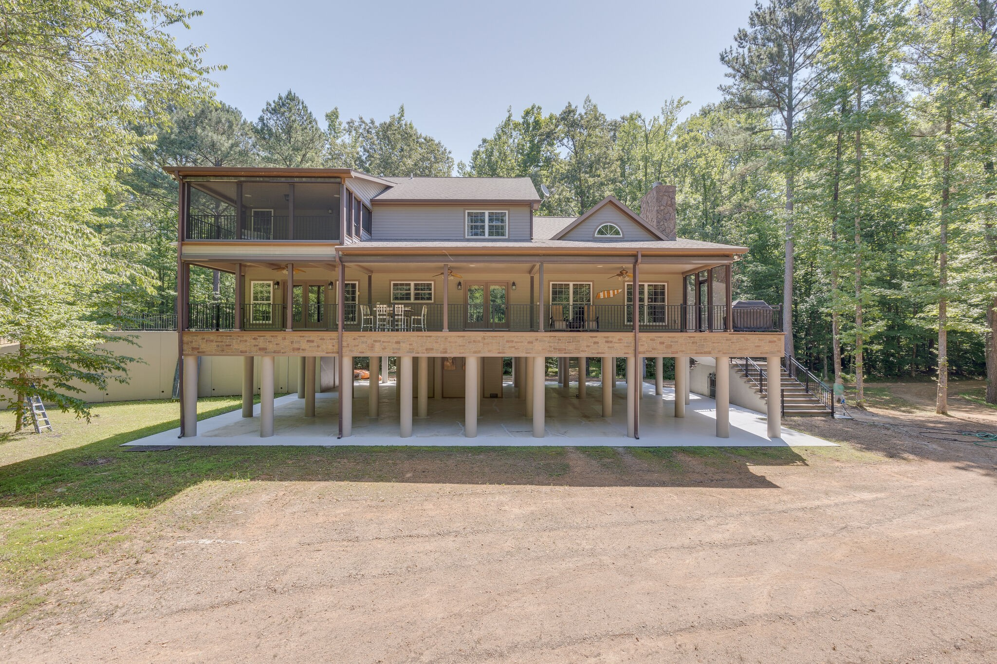 1240 Whitaker Bend Rd Property Photo