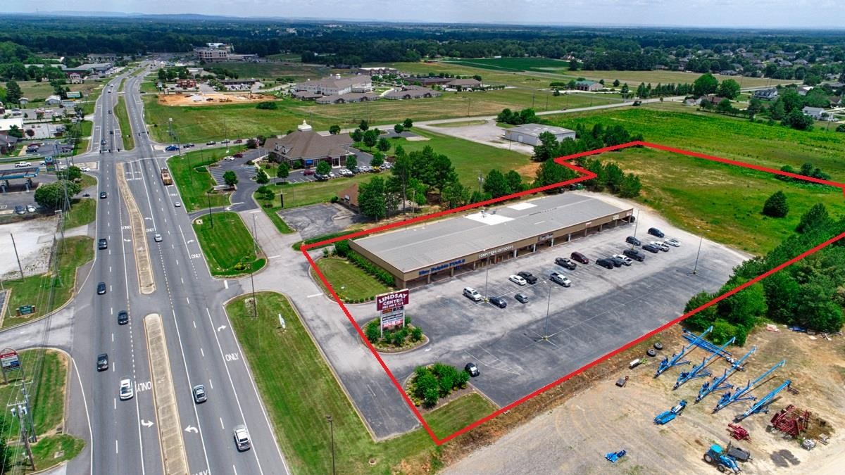 1802 Highway 72 E Property Photo 1