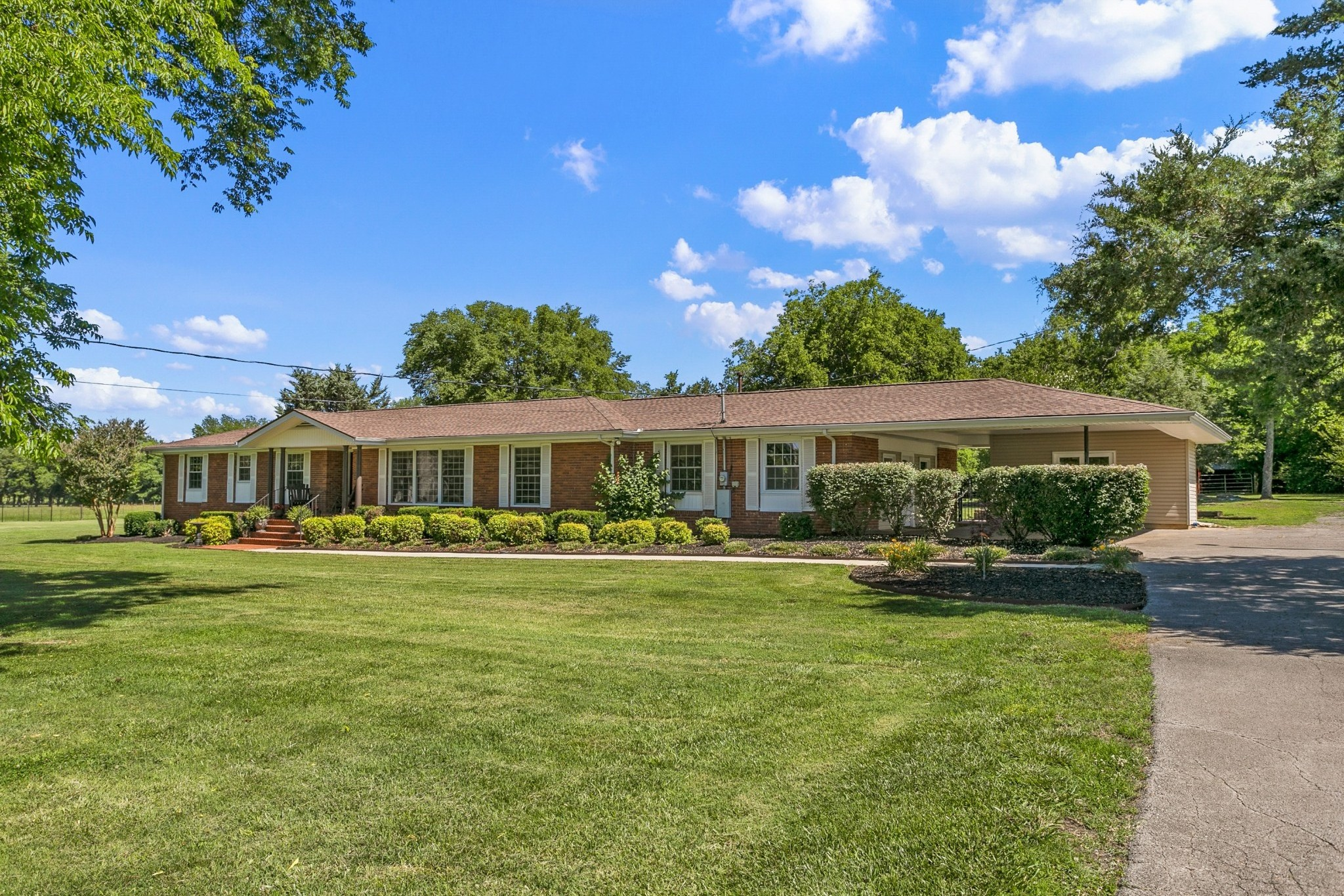 3.5 Acres + Inground Pool Real Estate Listings Main Image