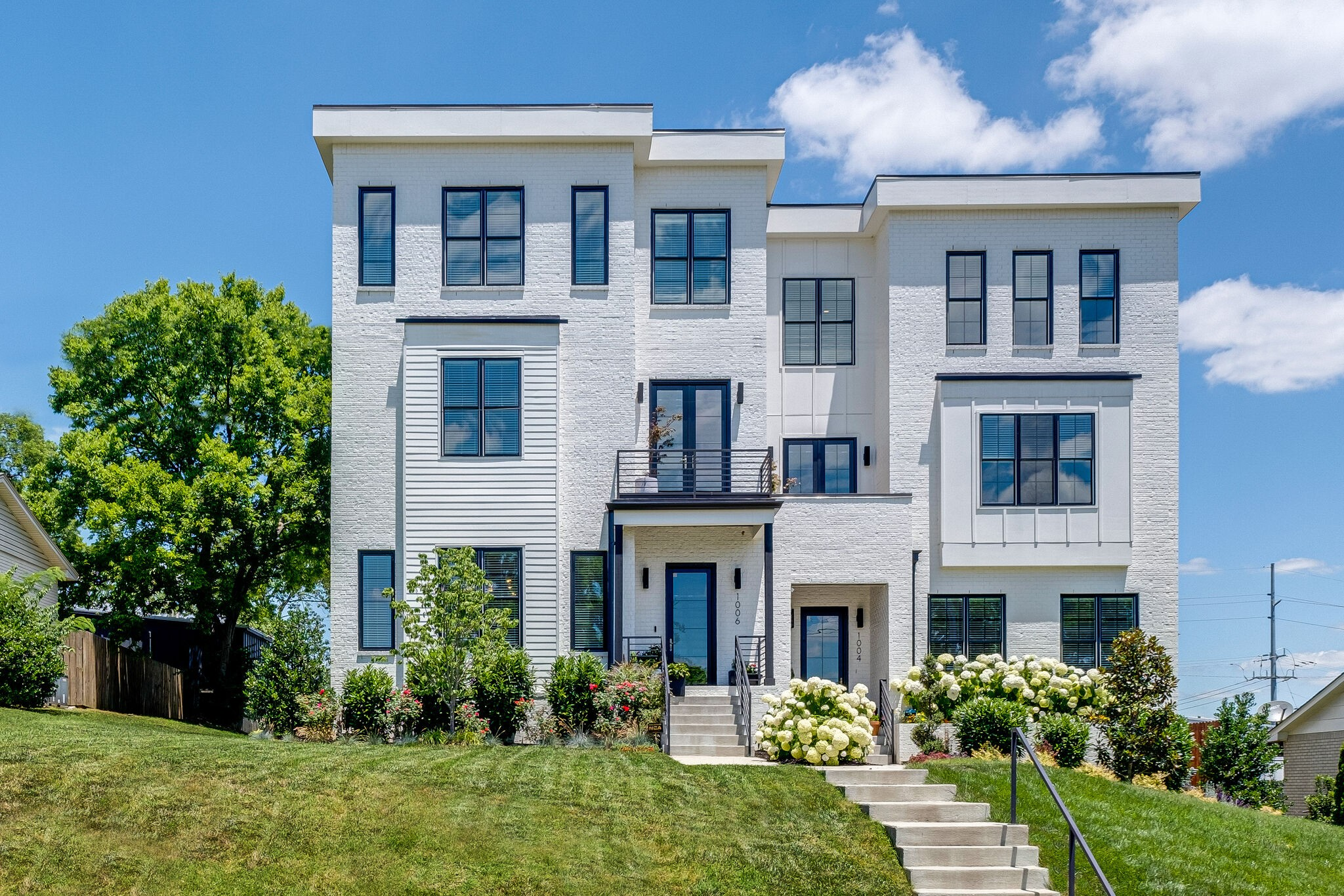 Argyle Avenue Residences Real Estate Listings Main Image