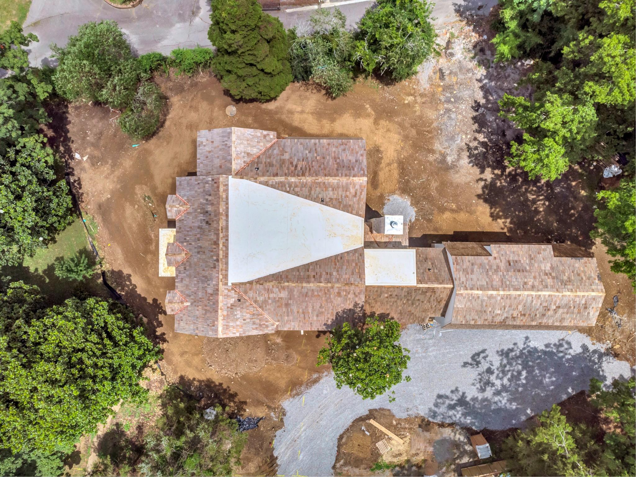 100 Bellevue Dr S Property Photo