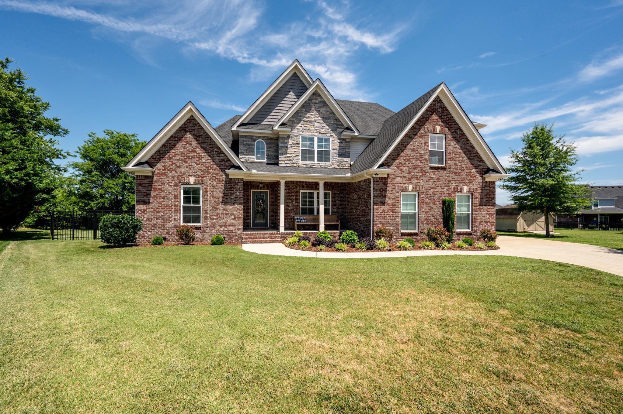 Belle Haven Real Estate Listings Main Image