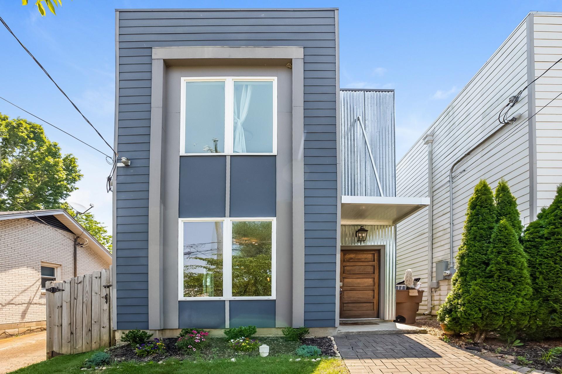 2123 Burns Street Real Estate Listings Main Image