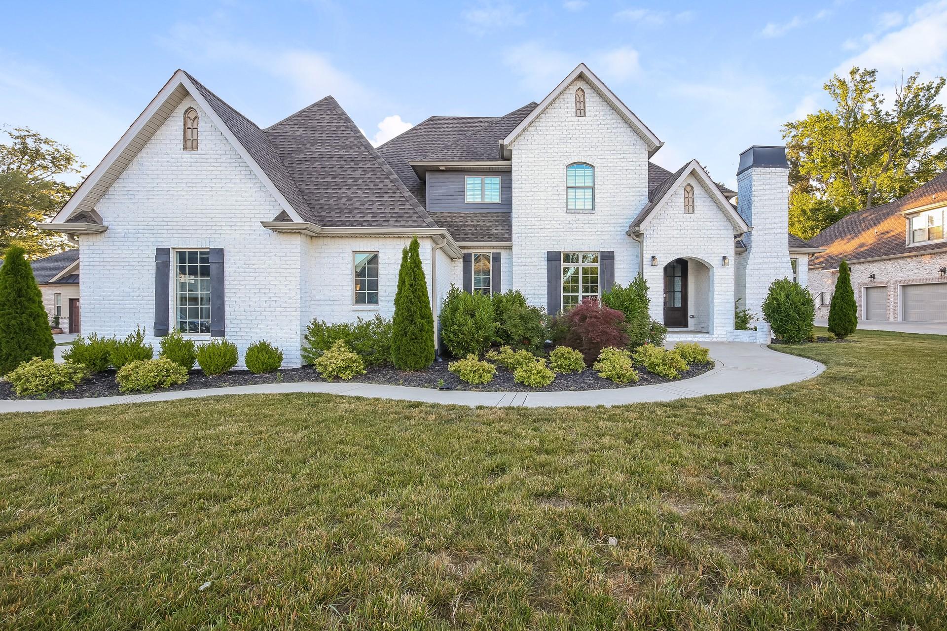 259 Harrowgate Dr Property Photo 1