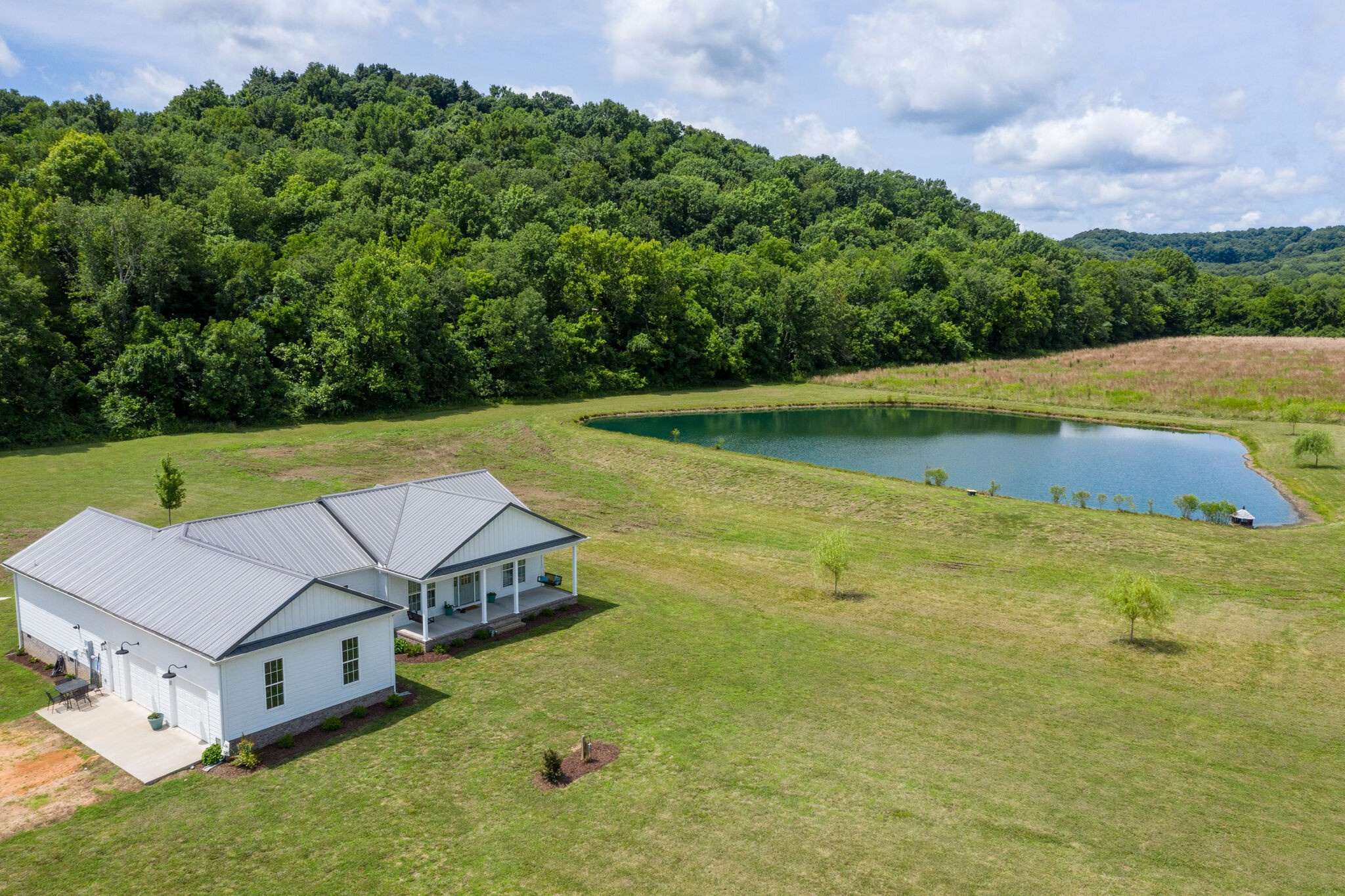 4235 Hampshire Pike Property Photo