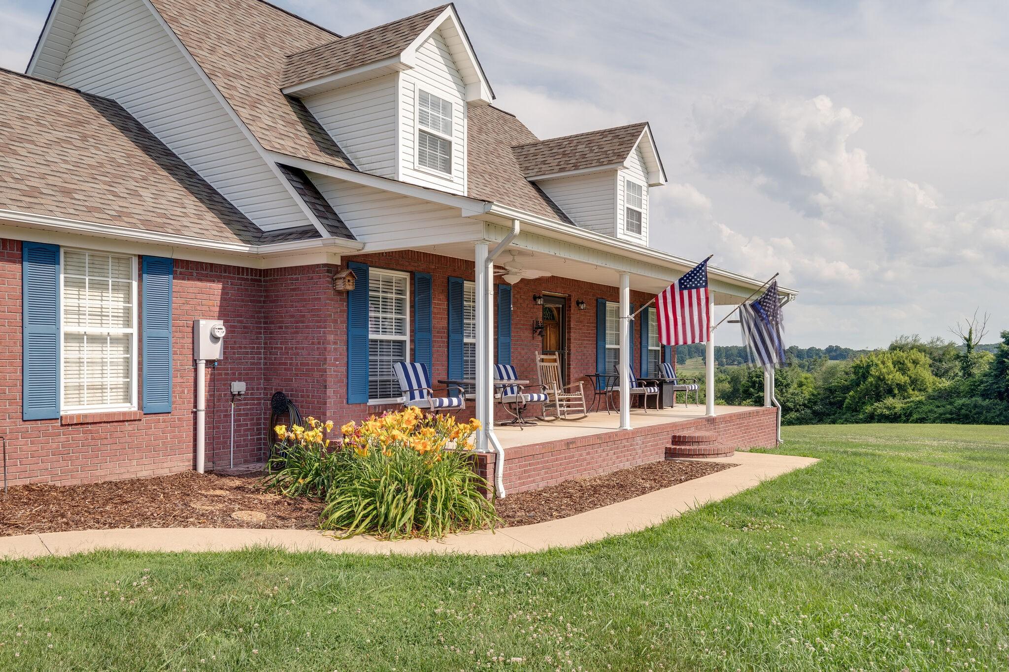 200 Powderhorn Ln Property Photo