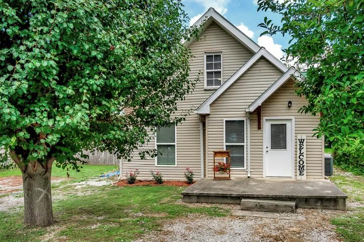 123 Warren St Property Photo