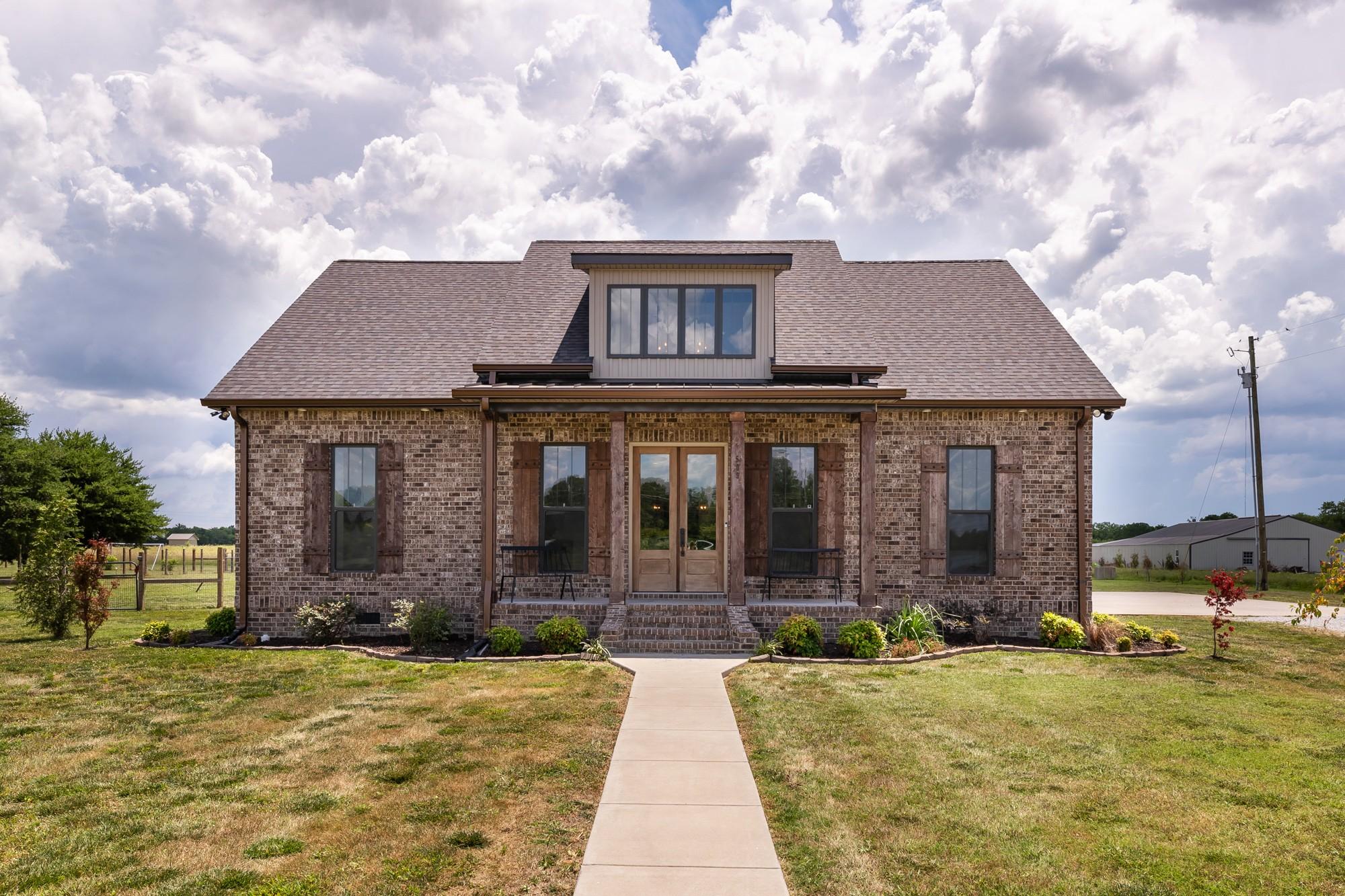509 Lone Oak Rd Property Photo 1