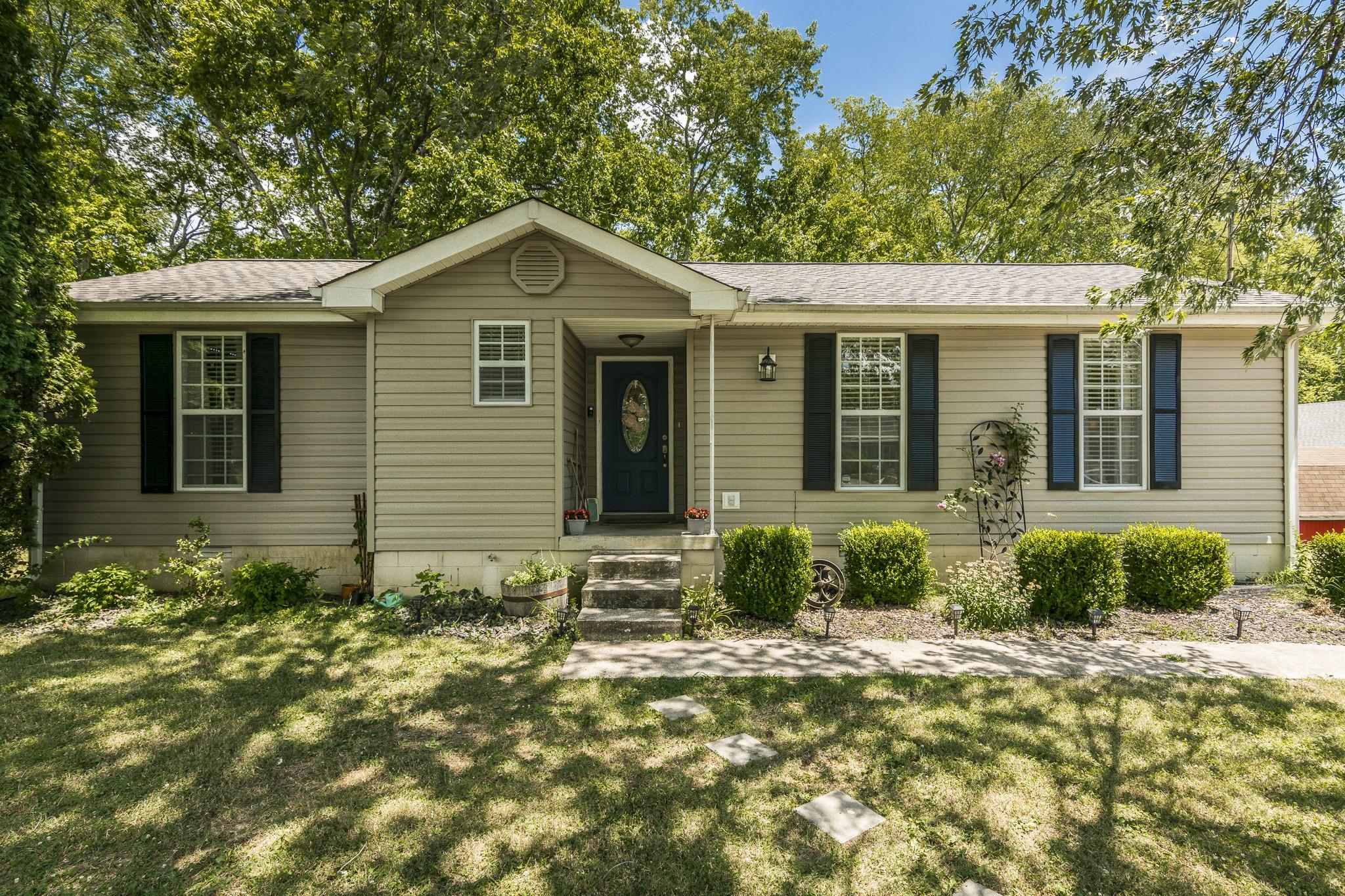 Beautiful Meadows Real Estate Listings Main Image