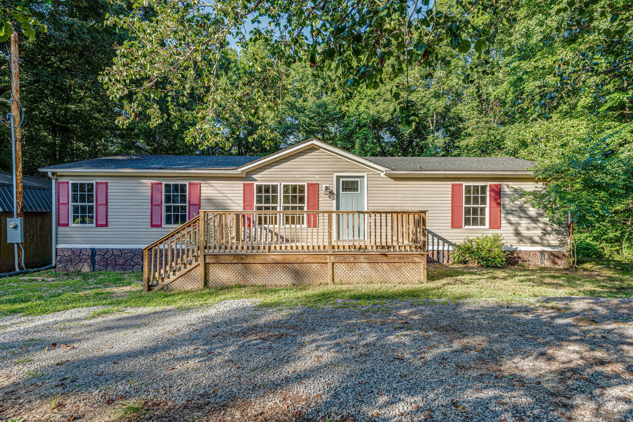 6325 Keys Branch Rd Property Photo