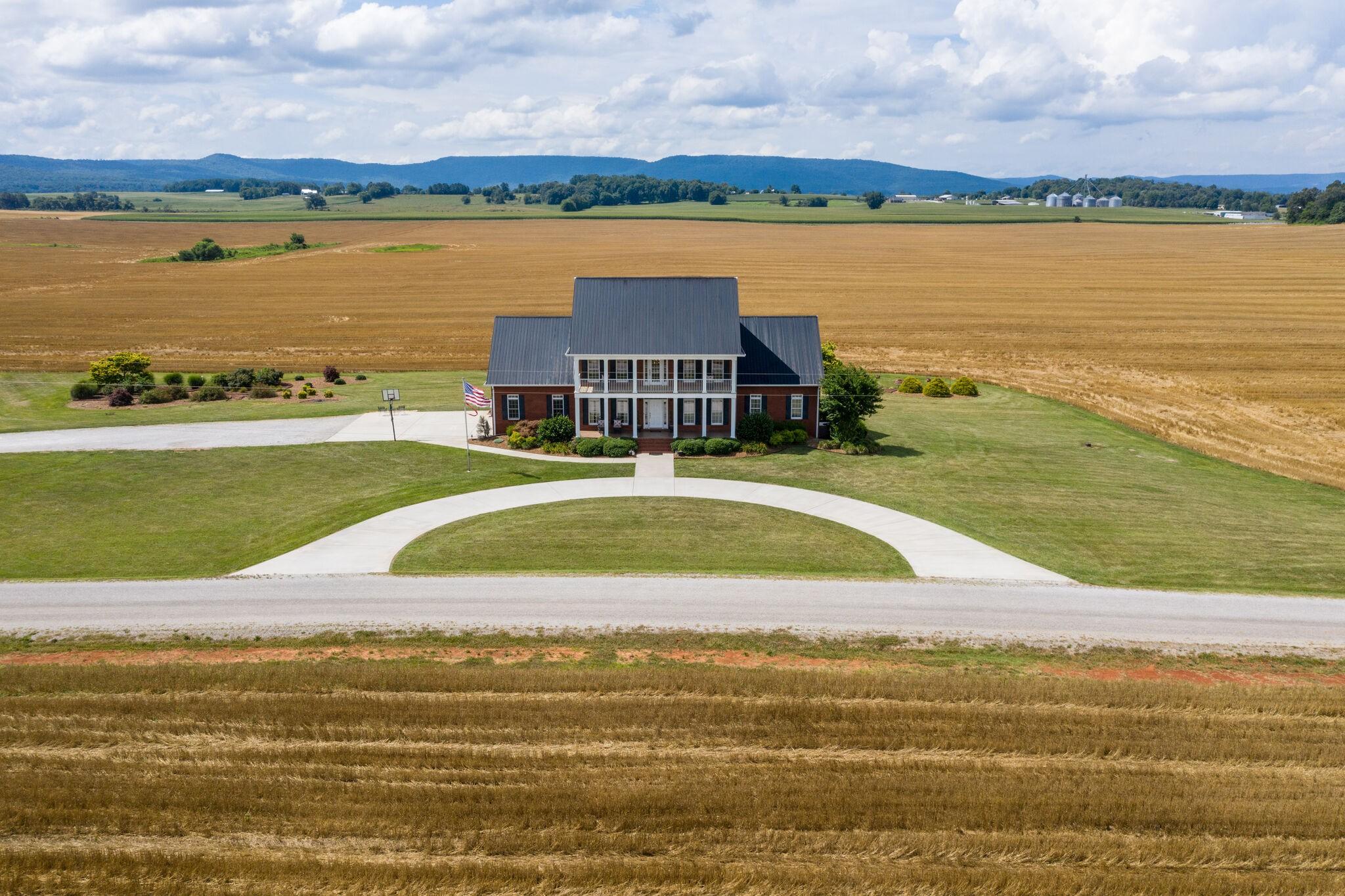 37306 Real Estate Listings Main Image