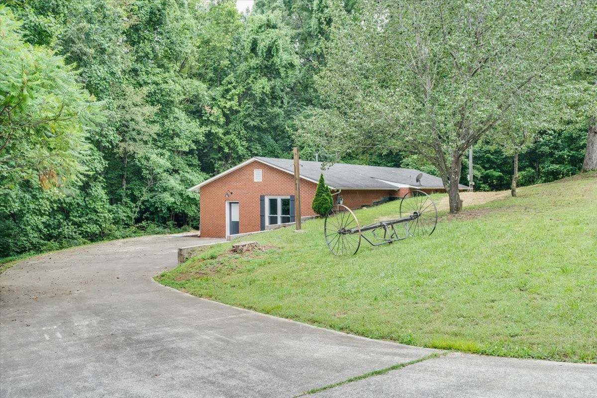 2236 Wolfe Rd Property Photo