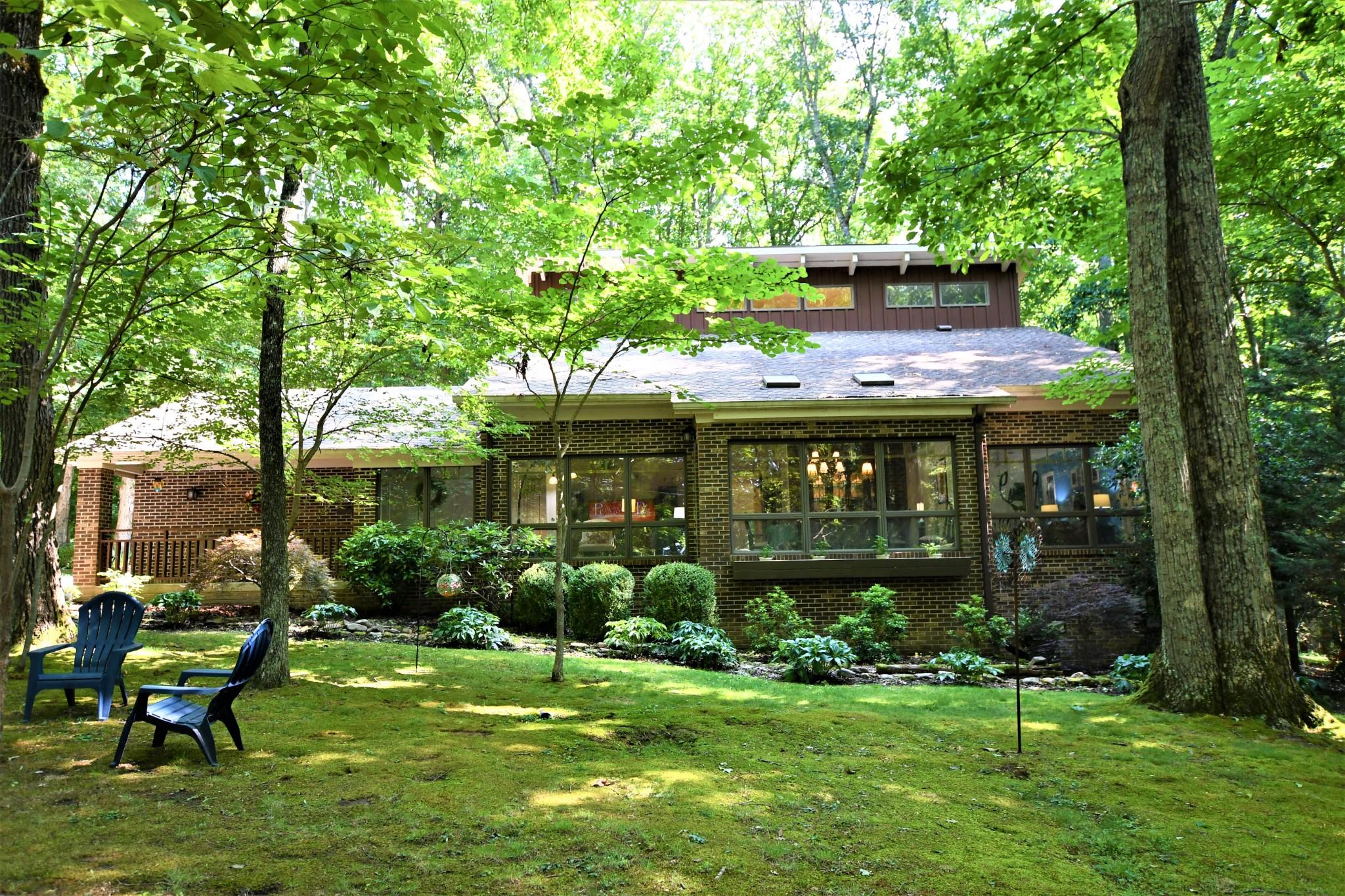 290 Claras Point Rd Property Photo