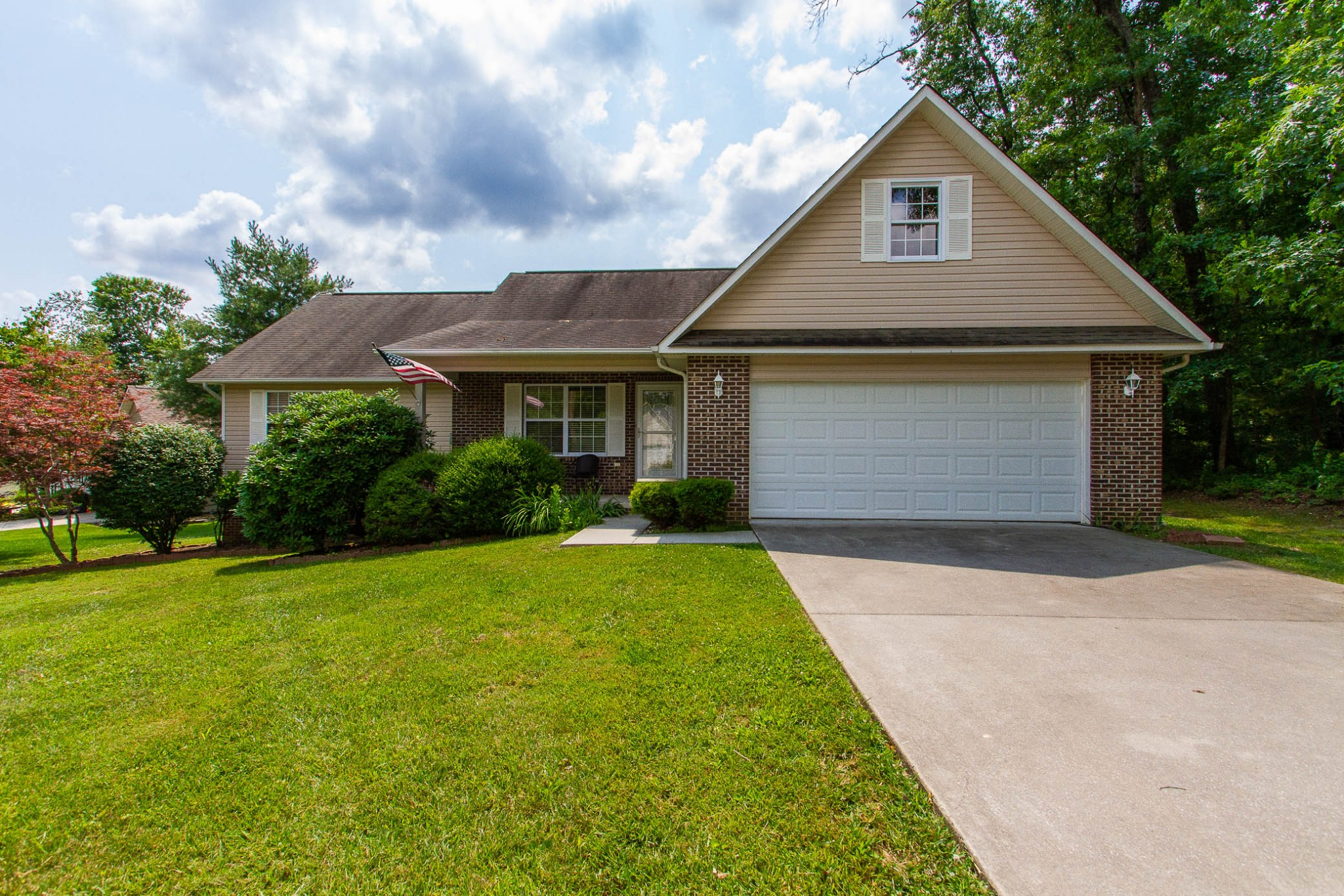 Crossville Real Estate Listings Main Image