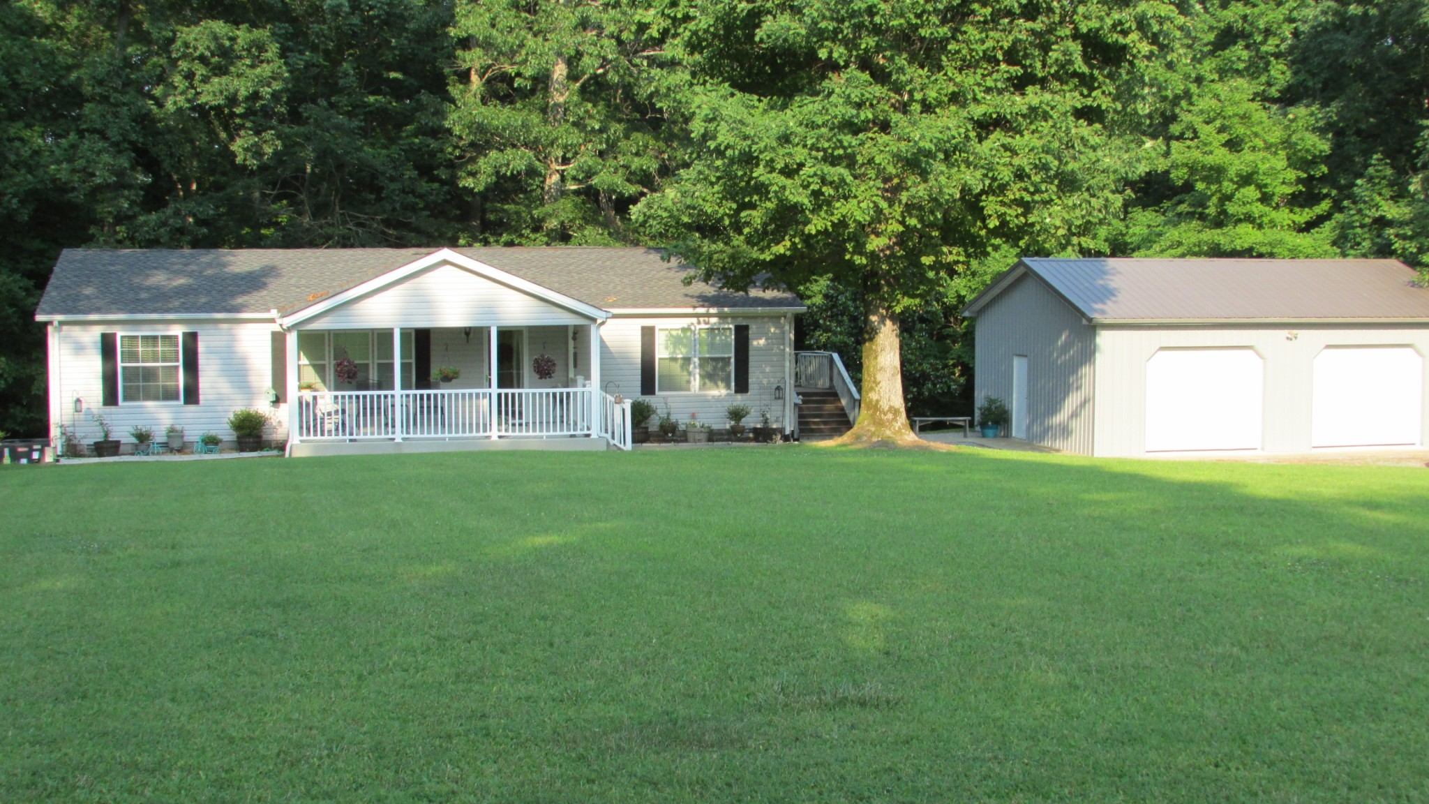 1416 Valley View Rd Property Photo 1