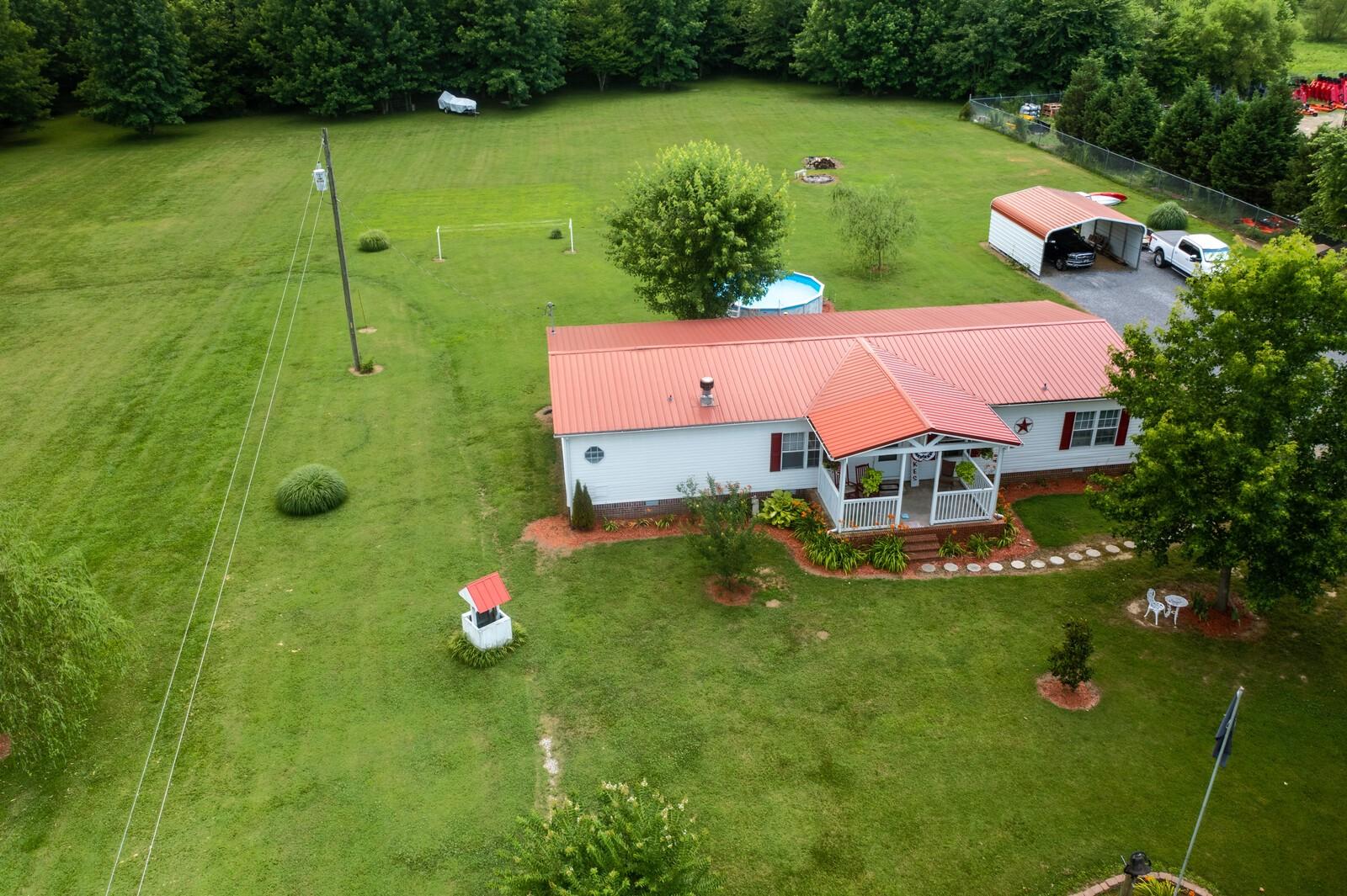 2565 S Wandaland Rd Property Photo