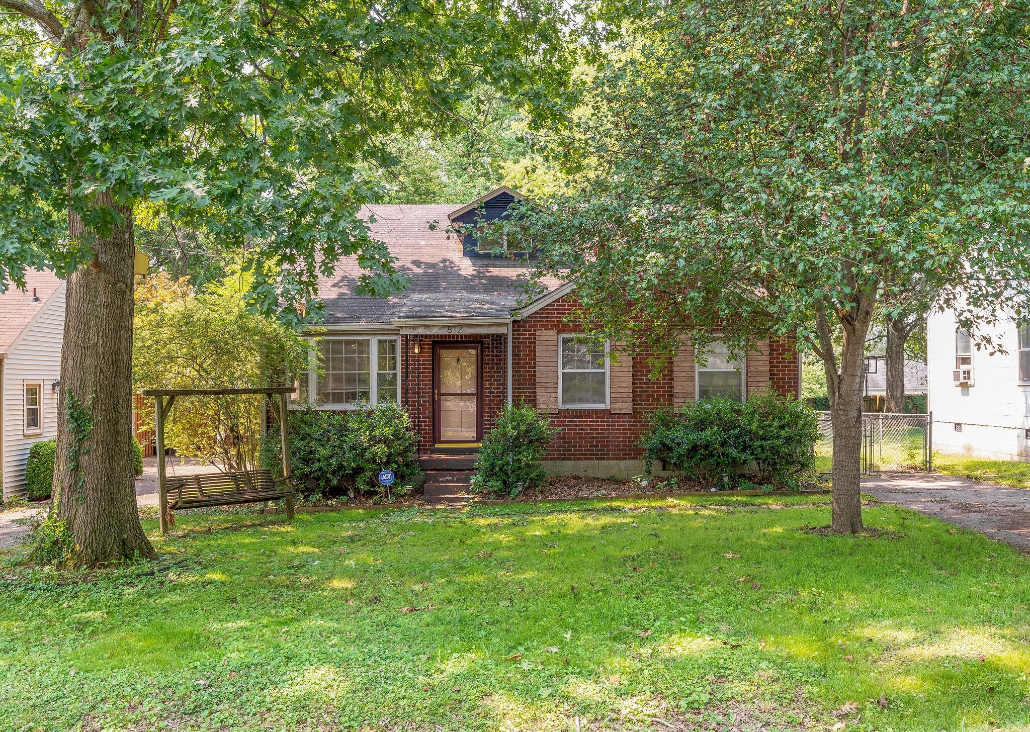 812 Gwynn Dr Property Photo