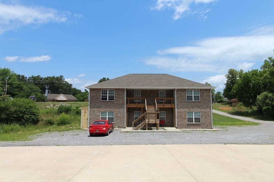 704 Donelson Unit D106 Property Photo