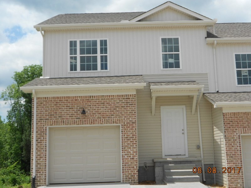 656 Pippin Dr Property Photo