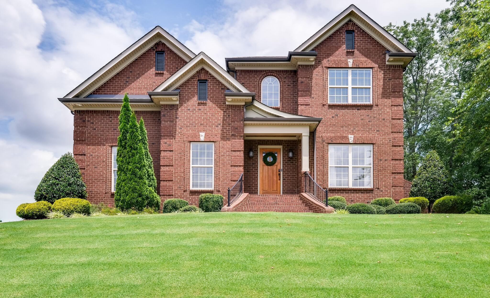 Berkshire Sec 7 Real Estate Listings Main Image