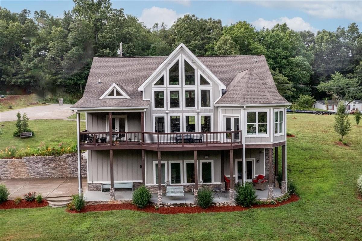 37025 Real Estate Listings Main Image